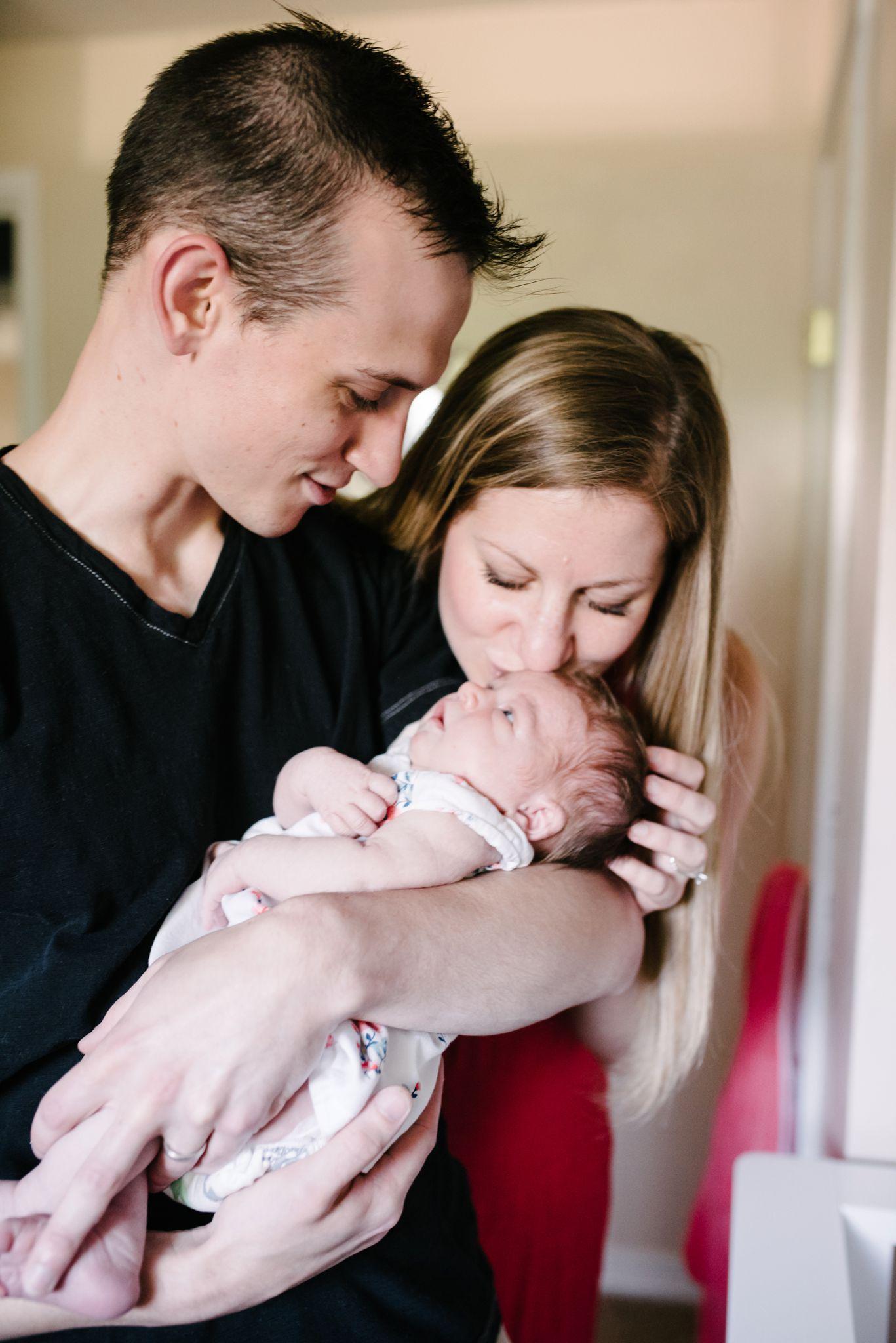 Lifestyle Newborn Family Pittsburgh Rachel Rossetti Photography_0024.jpg