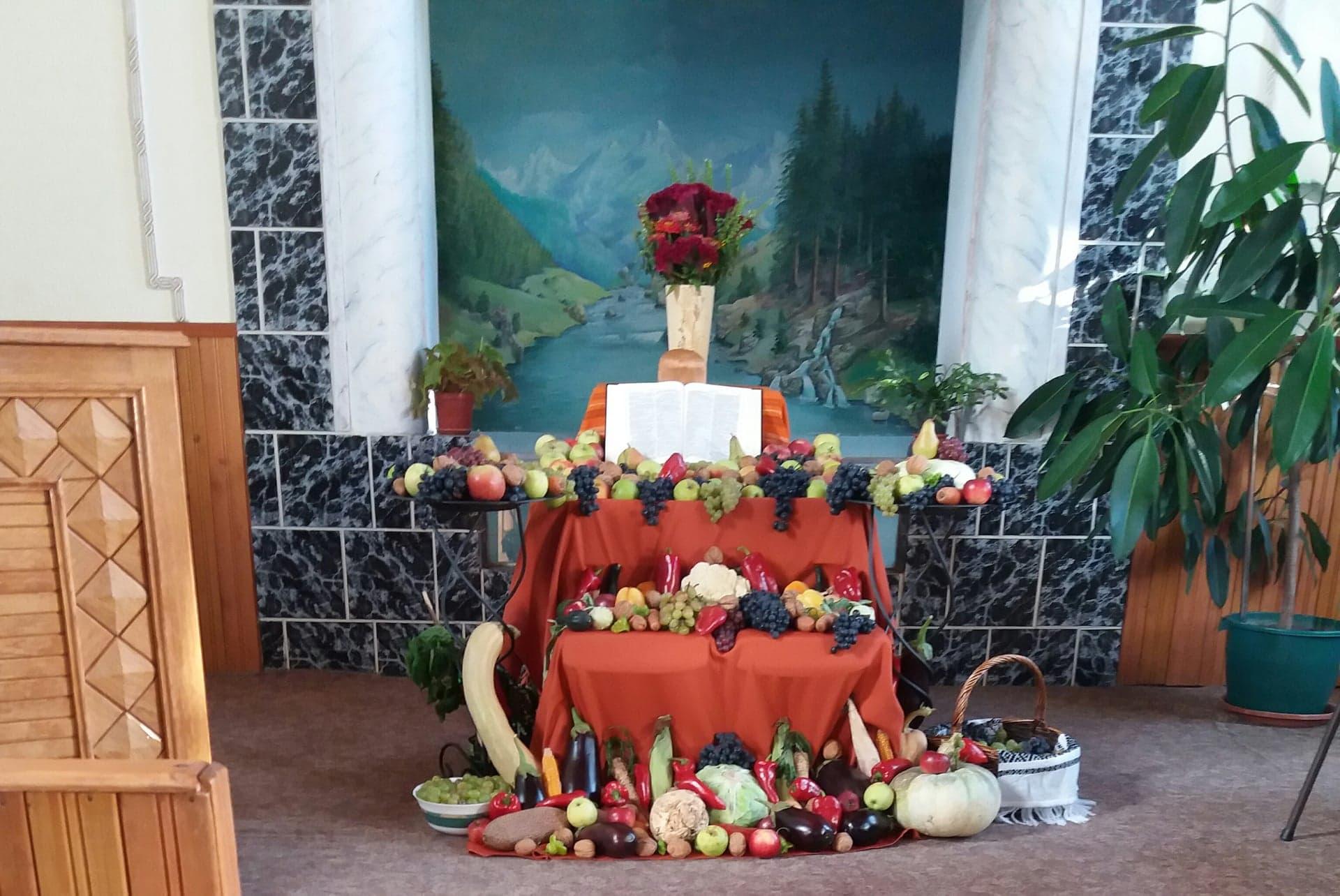 Thanks giving_Ocna Mures's church.jpg