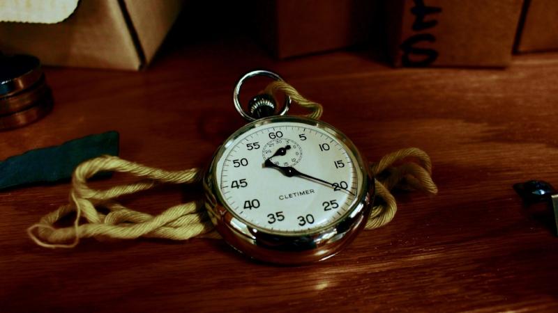 antique-clock-conceptual-1010513.jpg