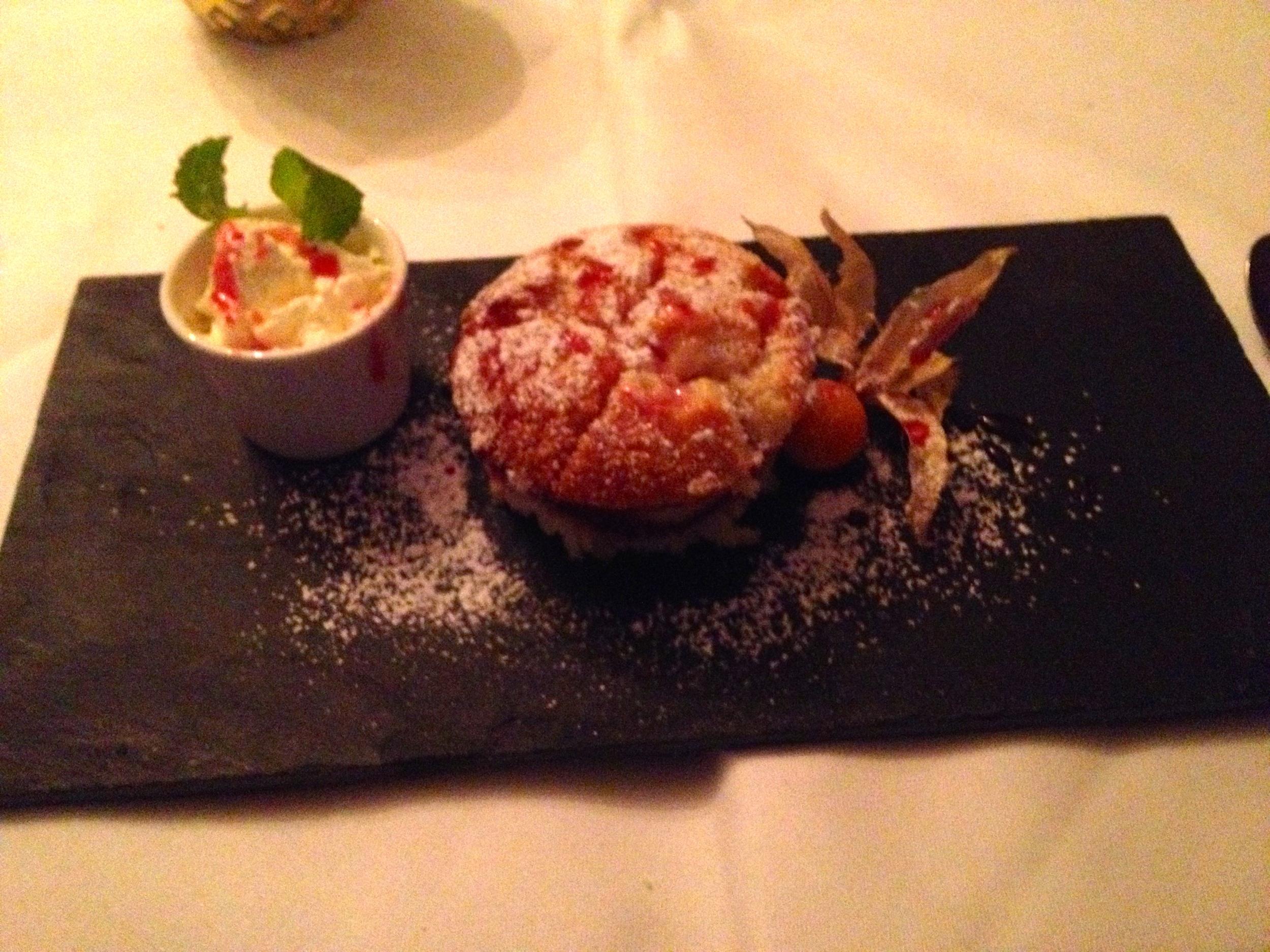 Raspberry semolina cake for dessert
