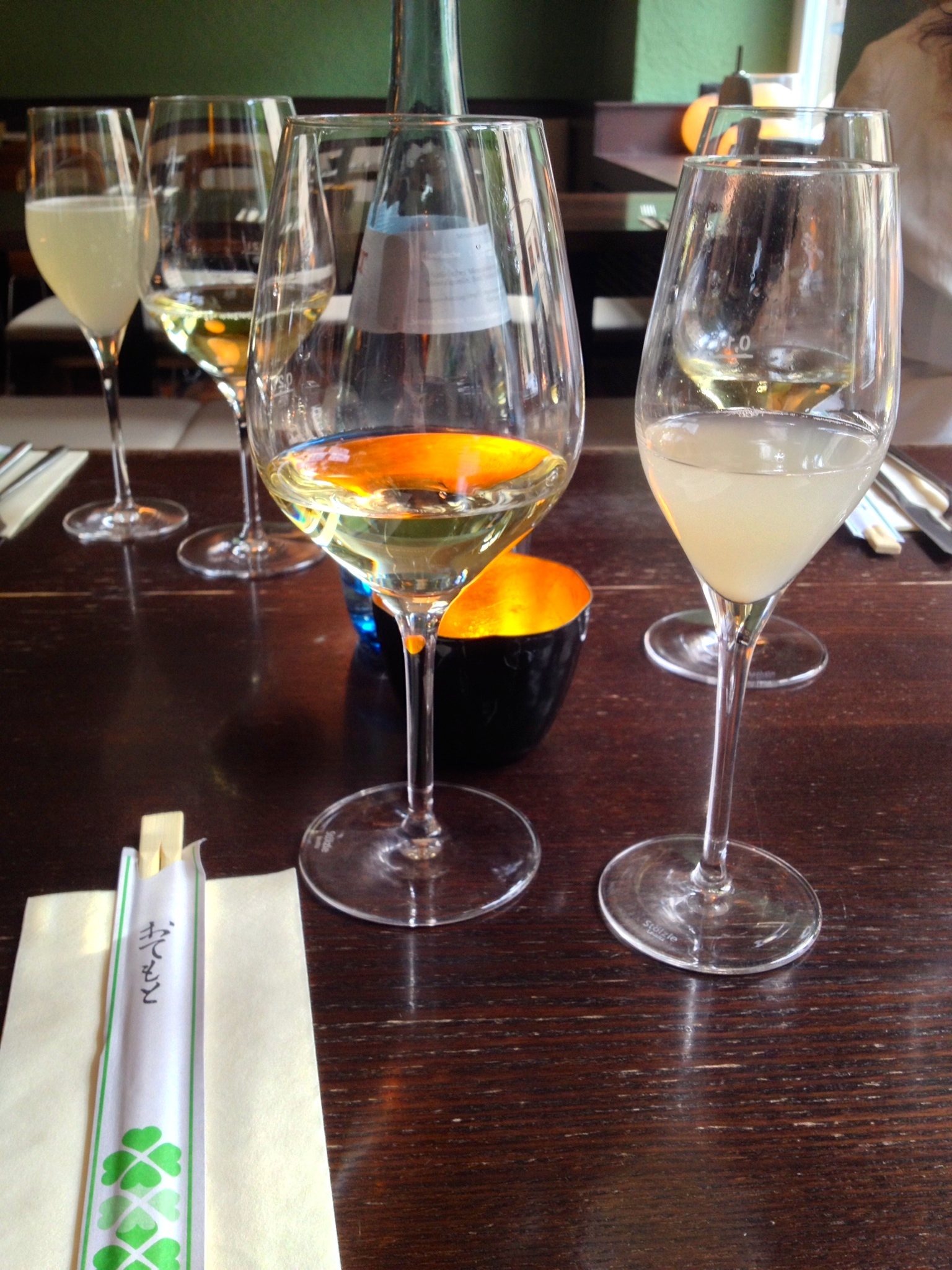 Prosseco Lychee cocktail (right) and a glass of the Weingut Kiefer Grauburgunder (left)