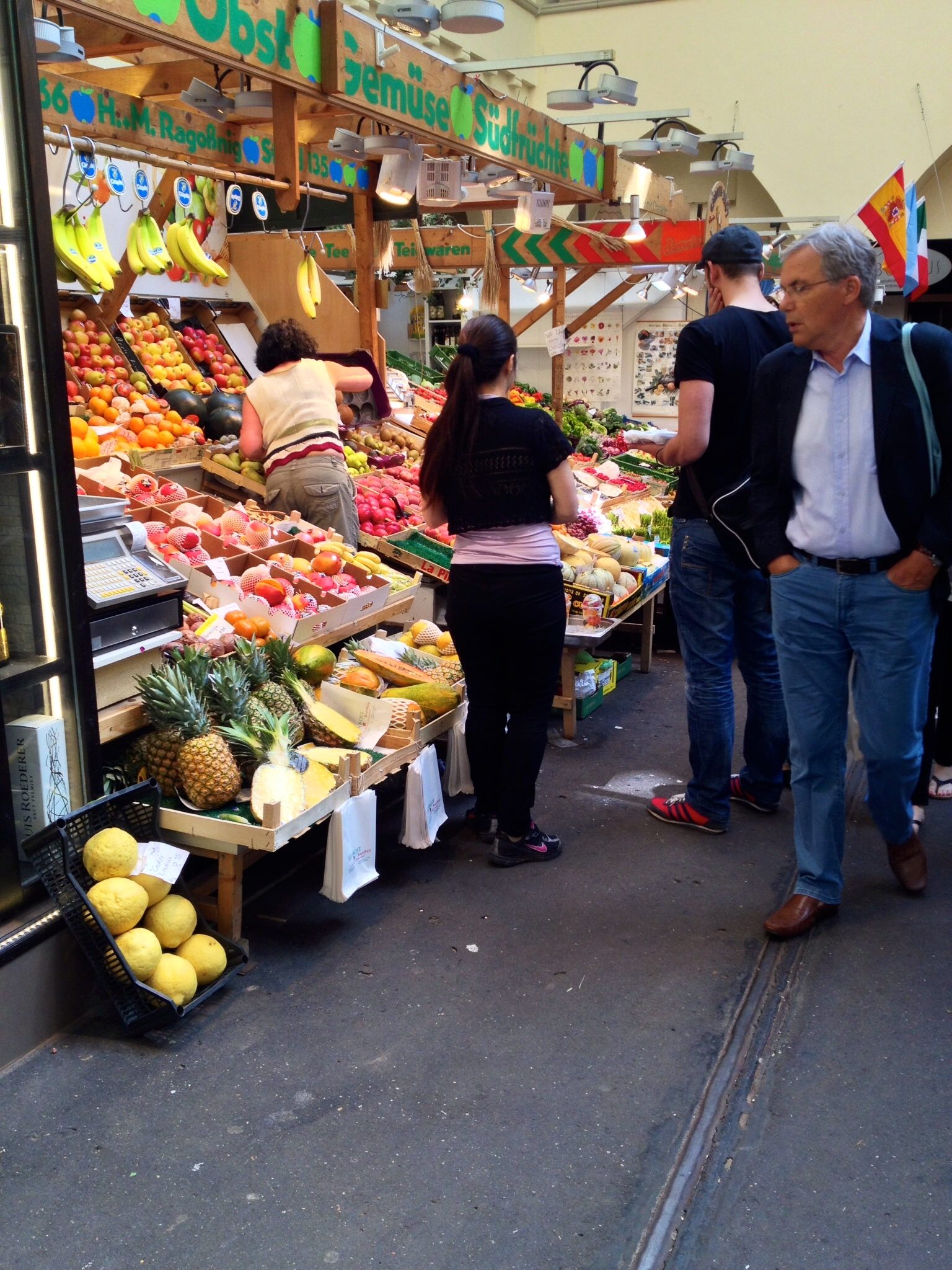 A fresh fruit and vegetable stall in the Markthalle