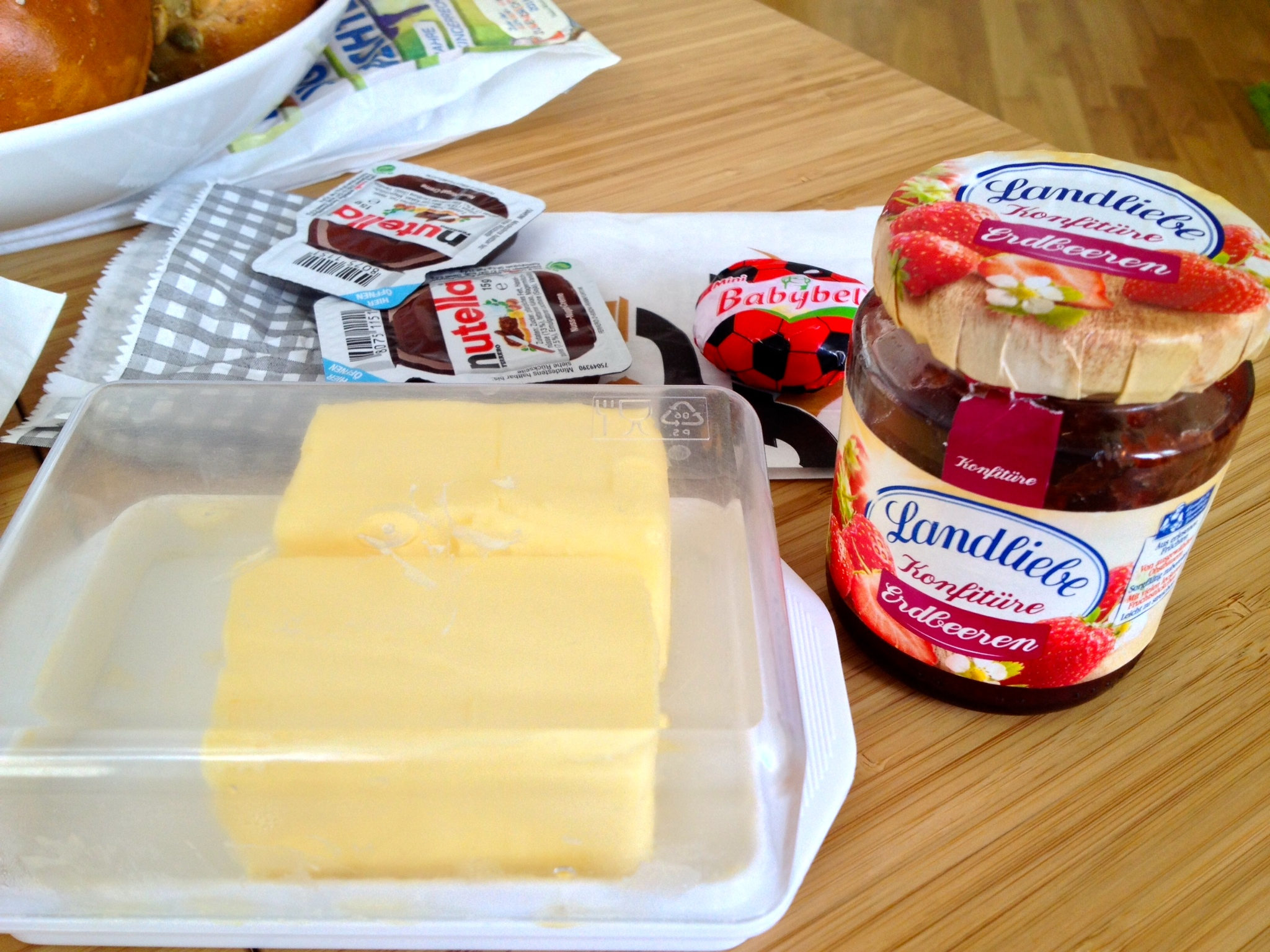 Toppings: butter, Nutella, cheese, and jam