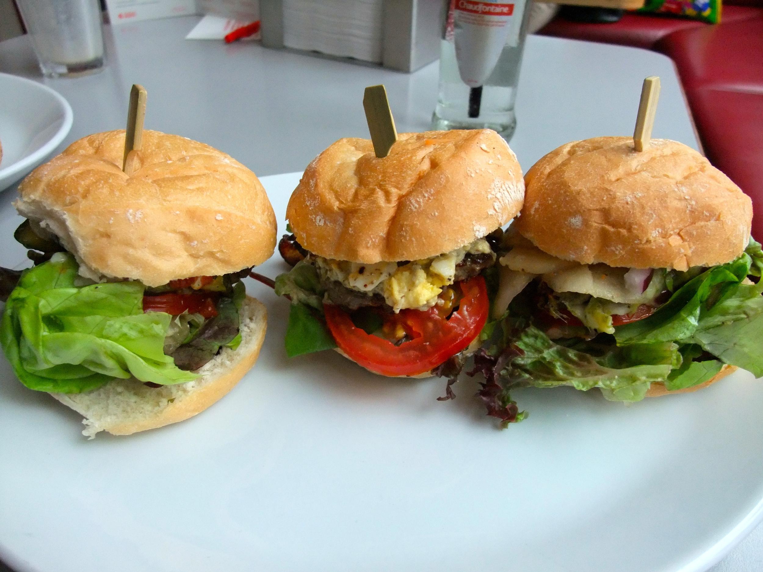 Meester Biefburger, Biefburger Royal, and Manchegoburger