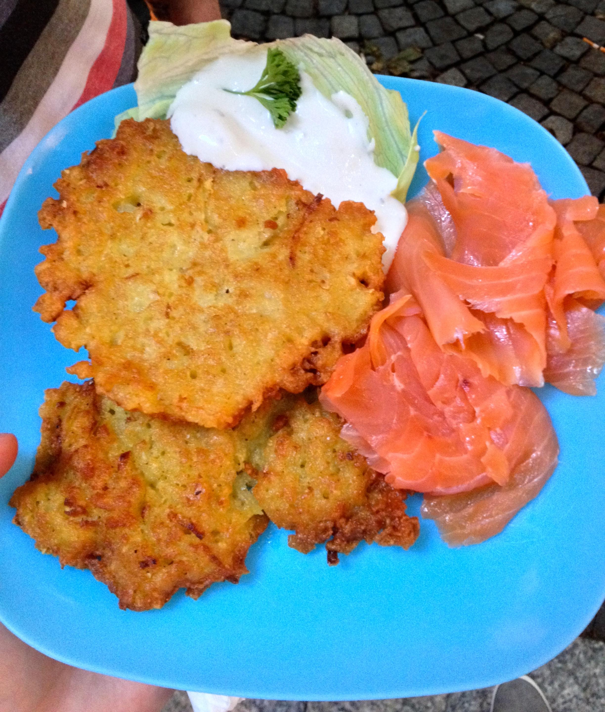 Kartoffelpuffer (fried potato pancakes) with smoked salmon and sour cream