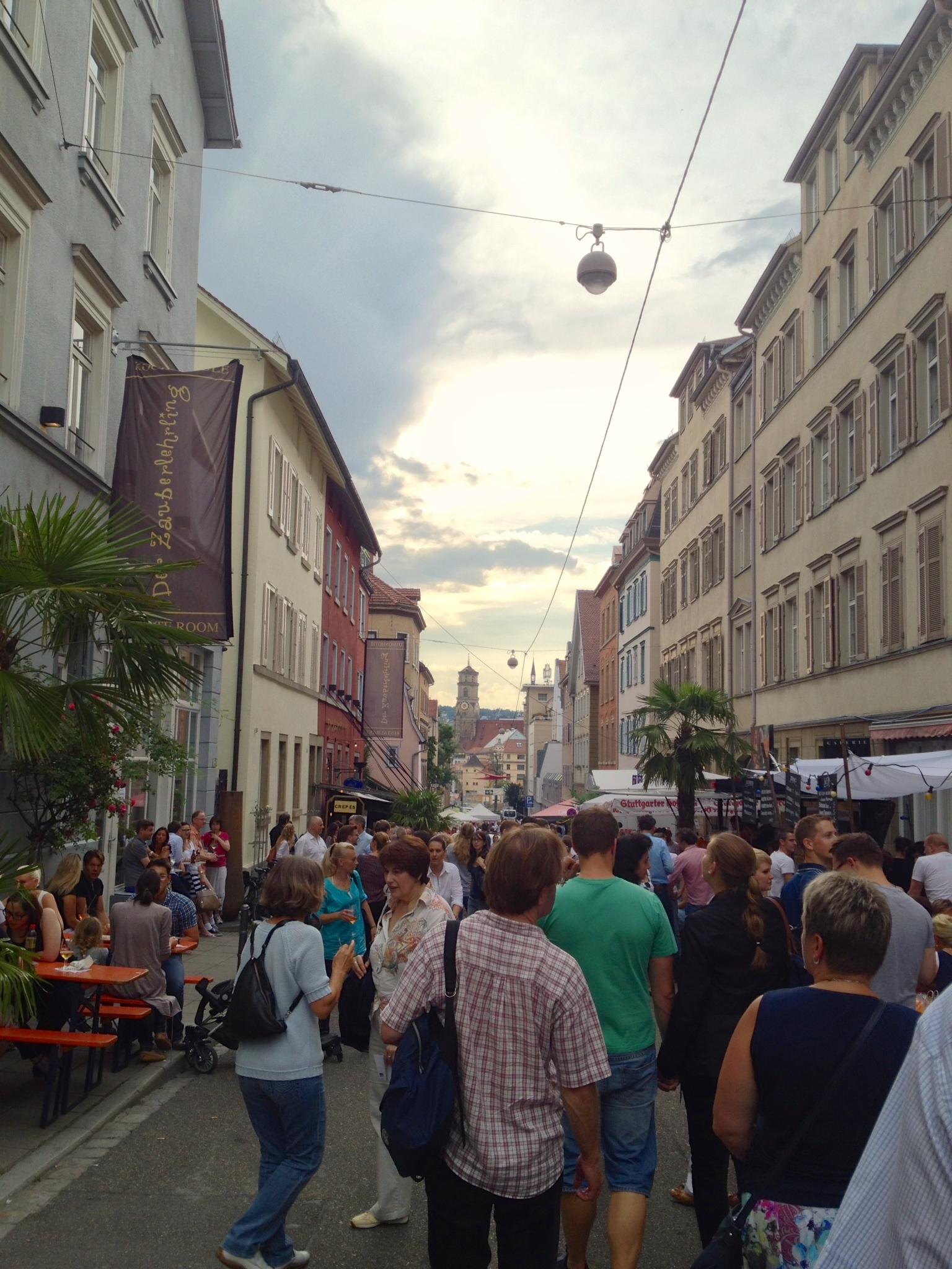 View of the Bohnenviertelfest down Rosenstraße
