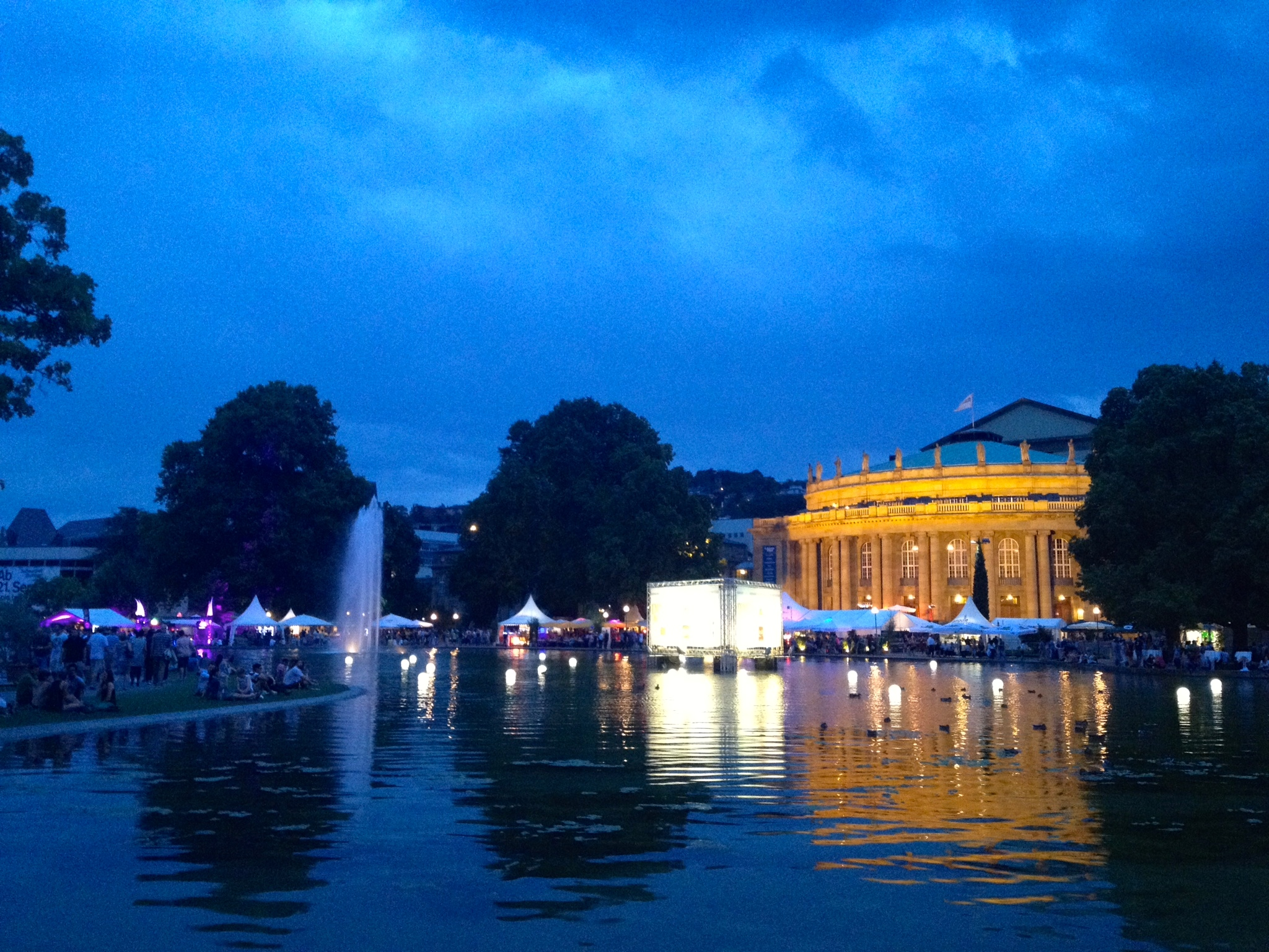 The  Sommerfest  at night with a view of the  Opernhaus