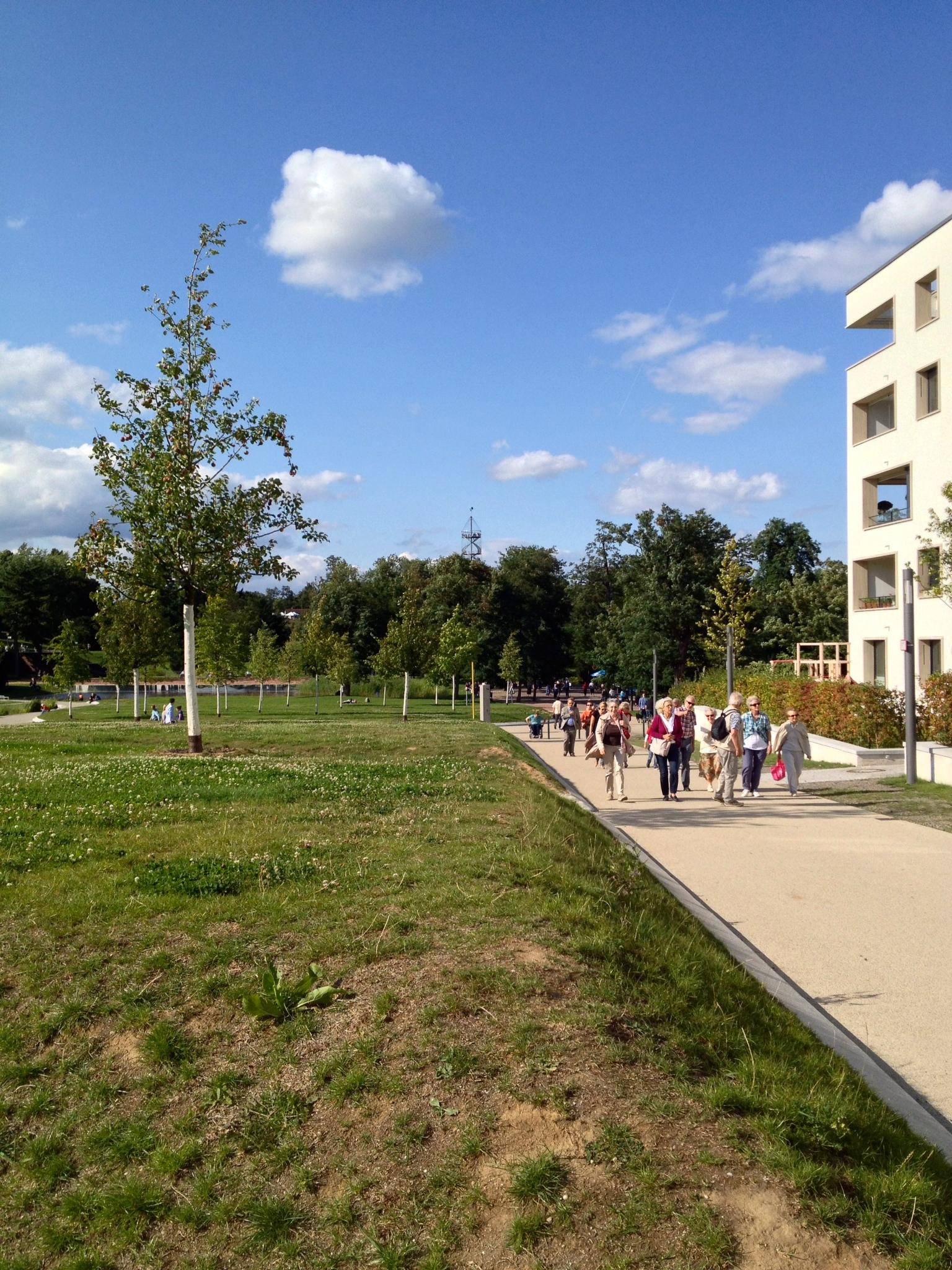 Walking the path up to  Killesbergpark