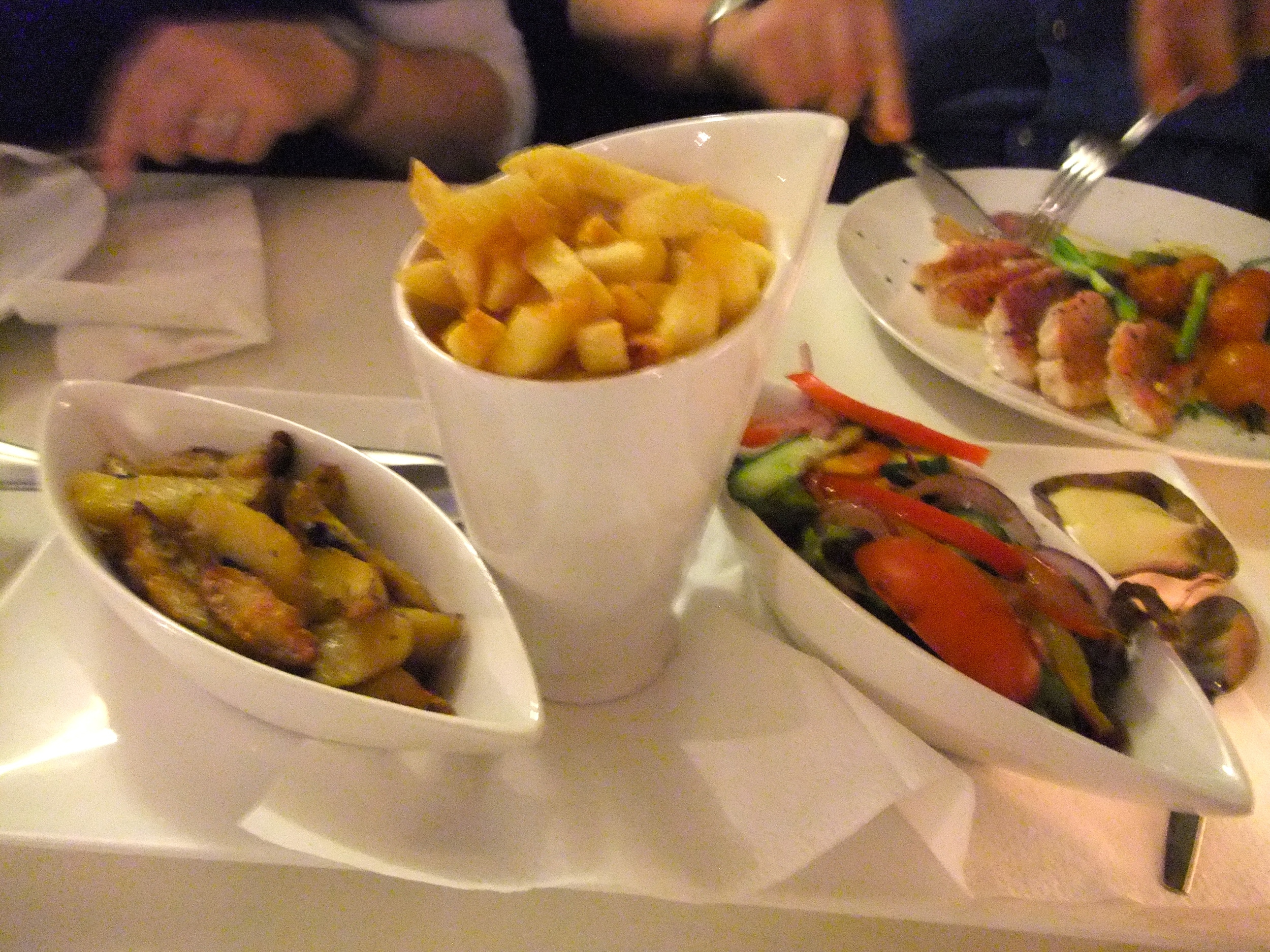 Fries and sides at 't Nieuwe Plein