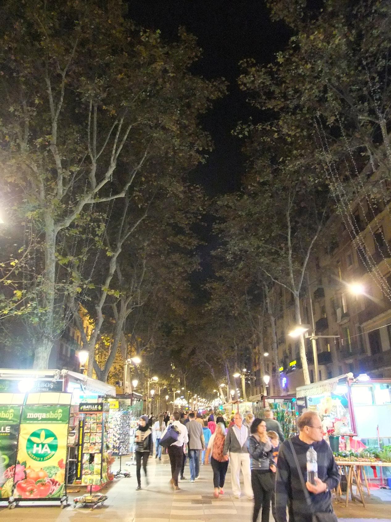 La Rambla at night