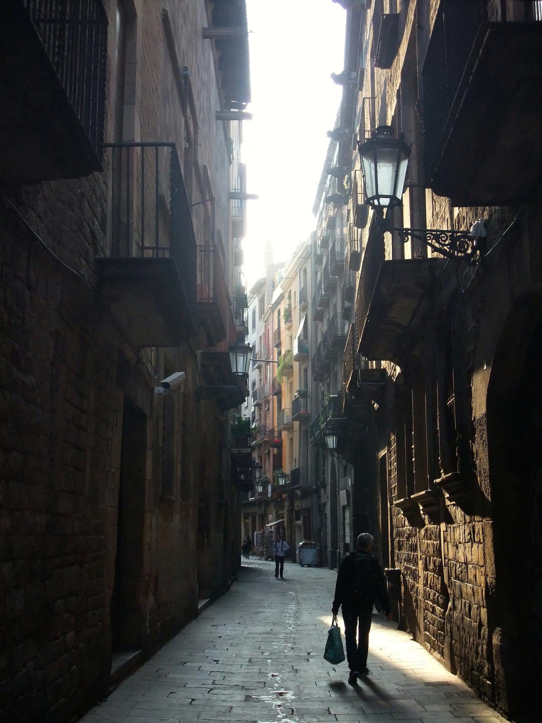 A morning stroll through the Gothic Quarter