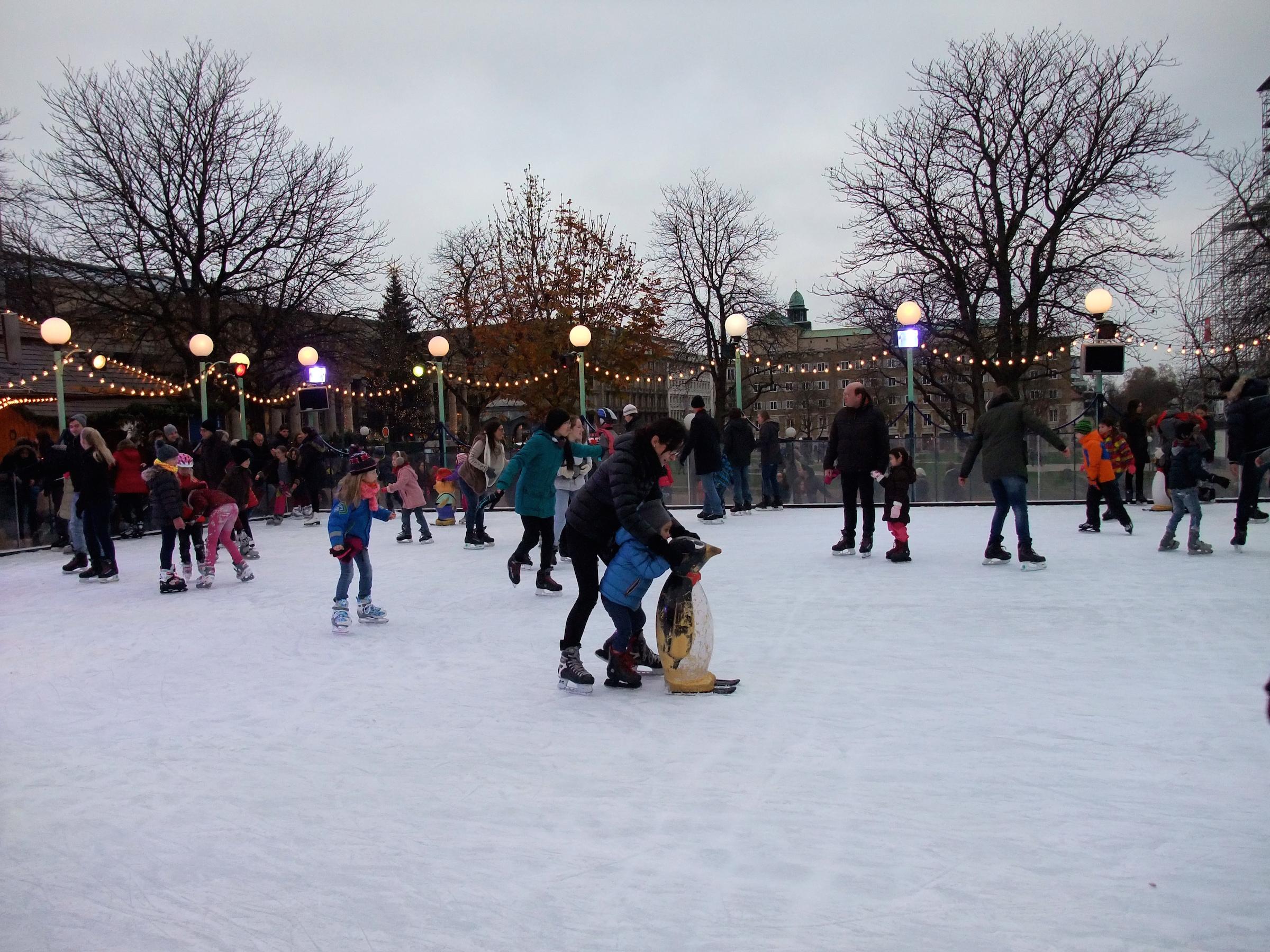 Ice skating next to the  Schlossplatz