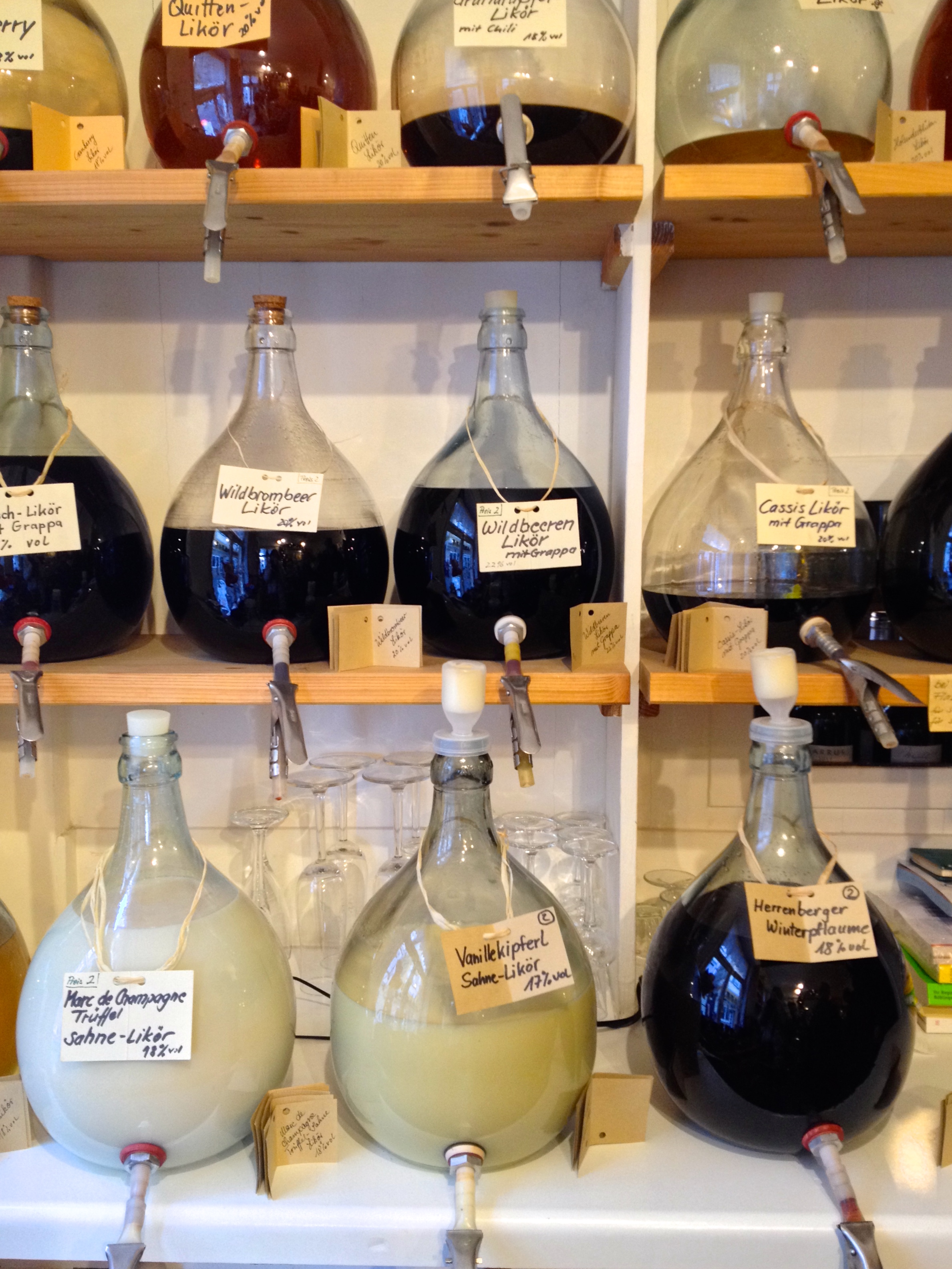 Fill-your-own liqueurs at the  Herrenberger Teehaus