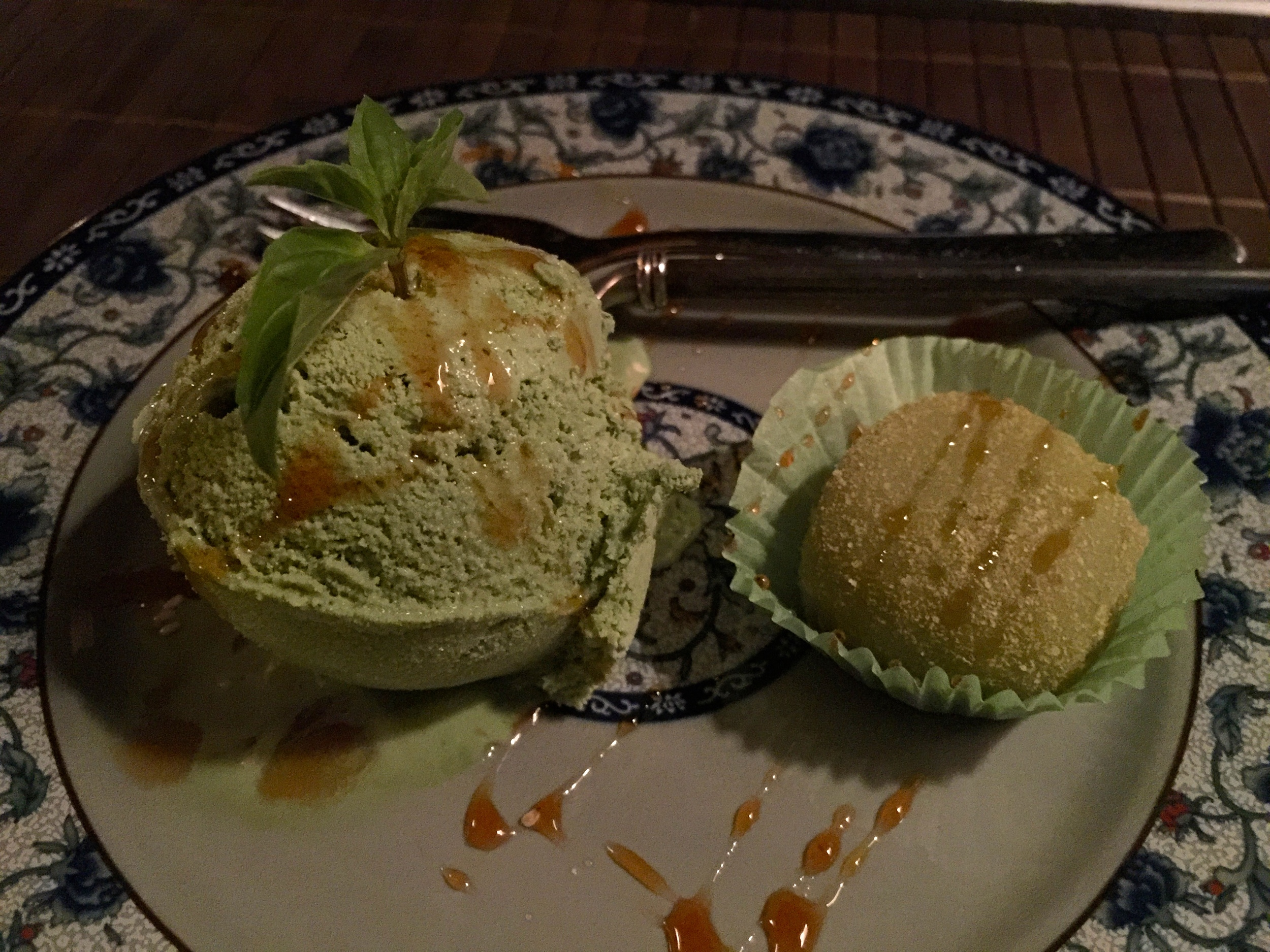 Green tea ice cream with a mochi cake