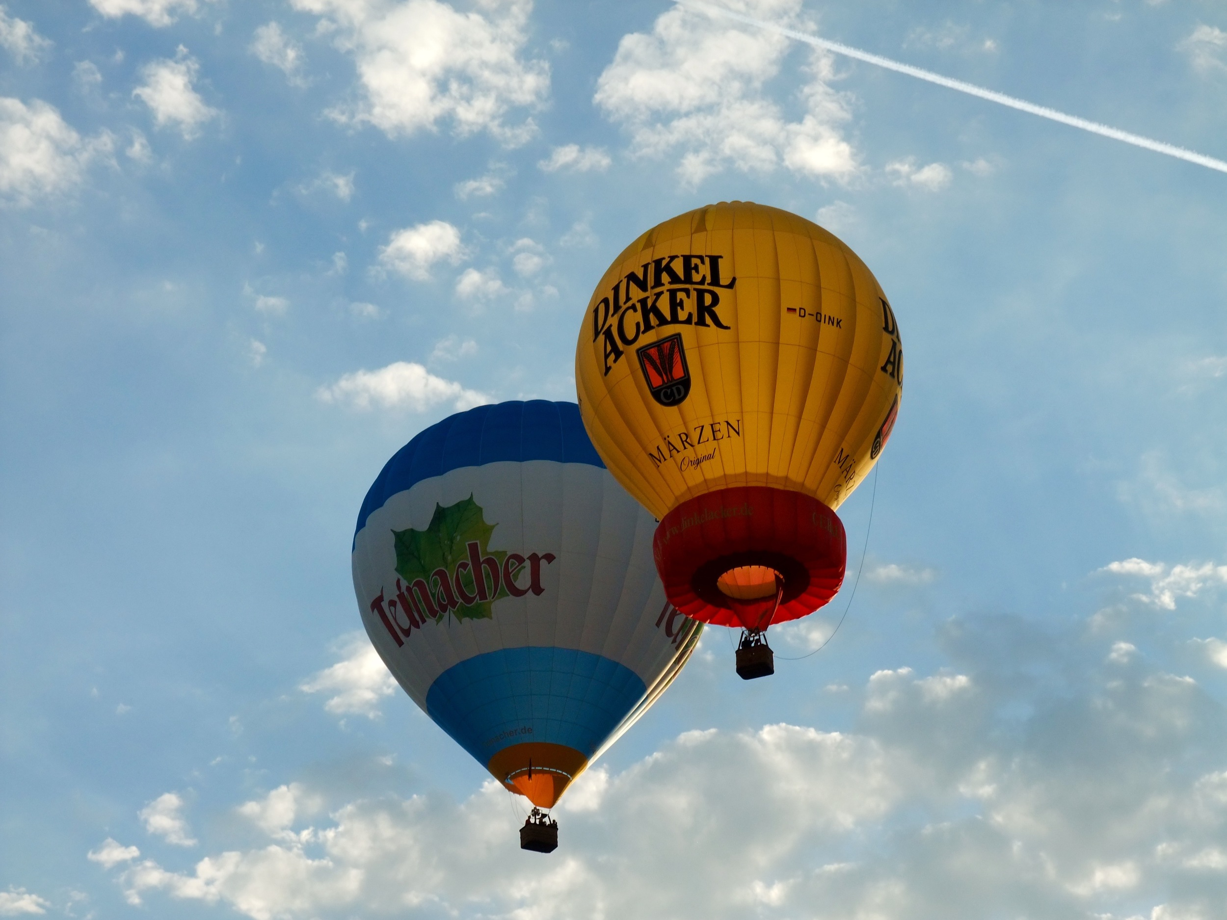 Hot air balloons setting off over Stuttgart from the Sommerfest