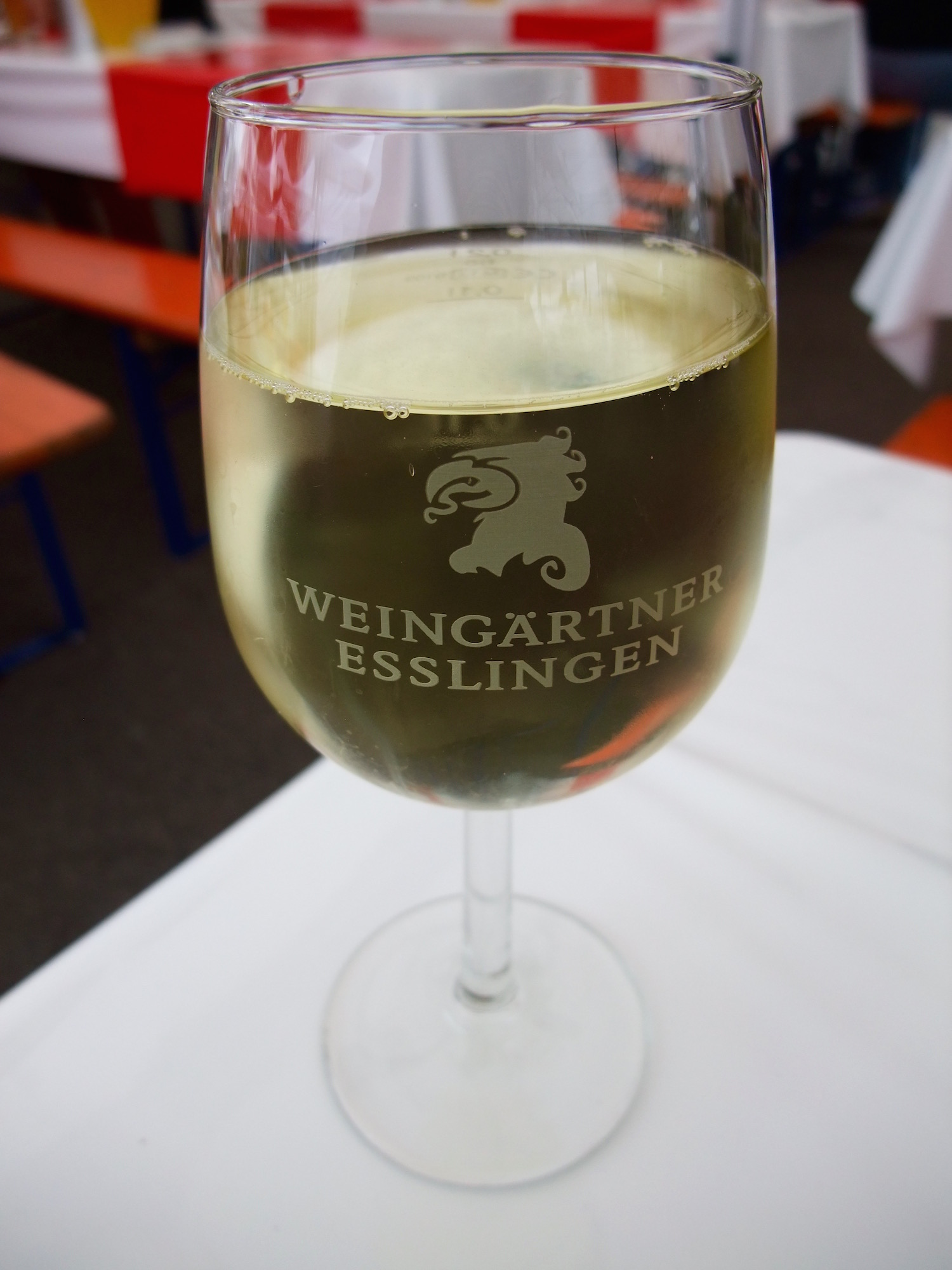 Collegium Wirtemberg Grad 5 Weißweincuvée  (They used a different glass.)