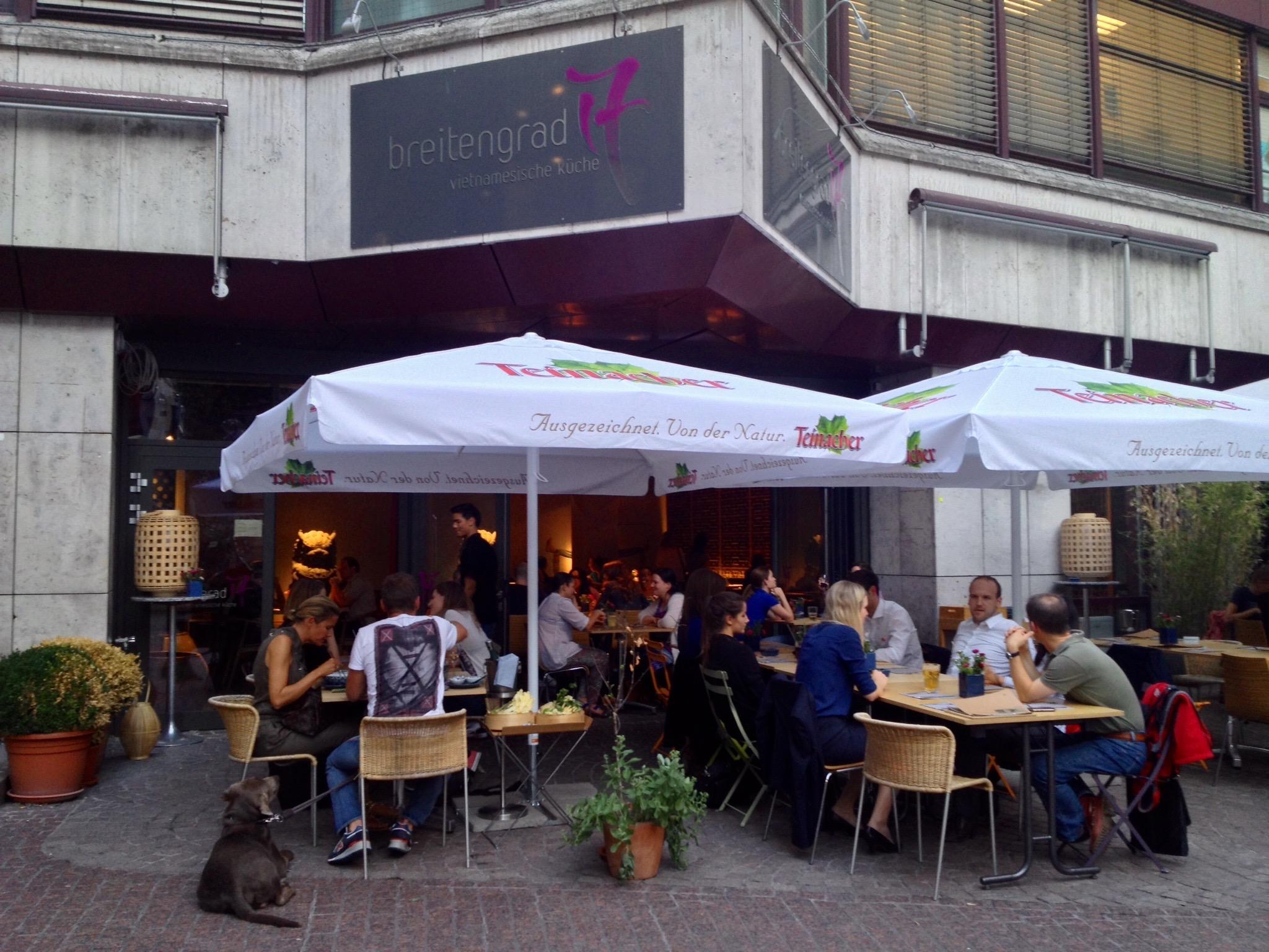 The patio at  Breitengrad 17 's new location