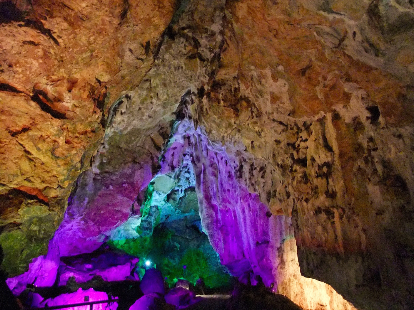 One of my many pictures of the changing lights in the   Nebelhöhle  caverns