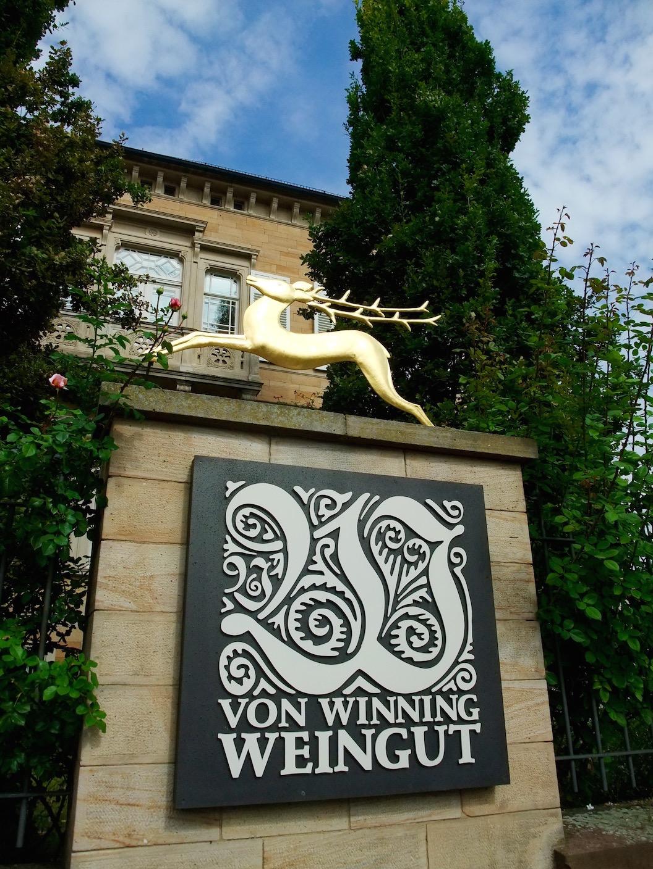 Von Winning's  label