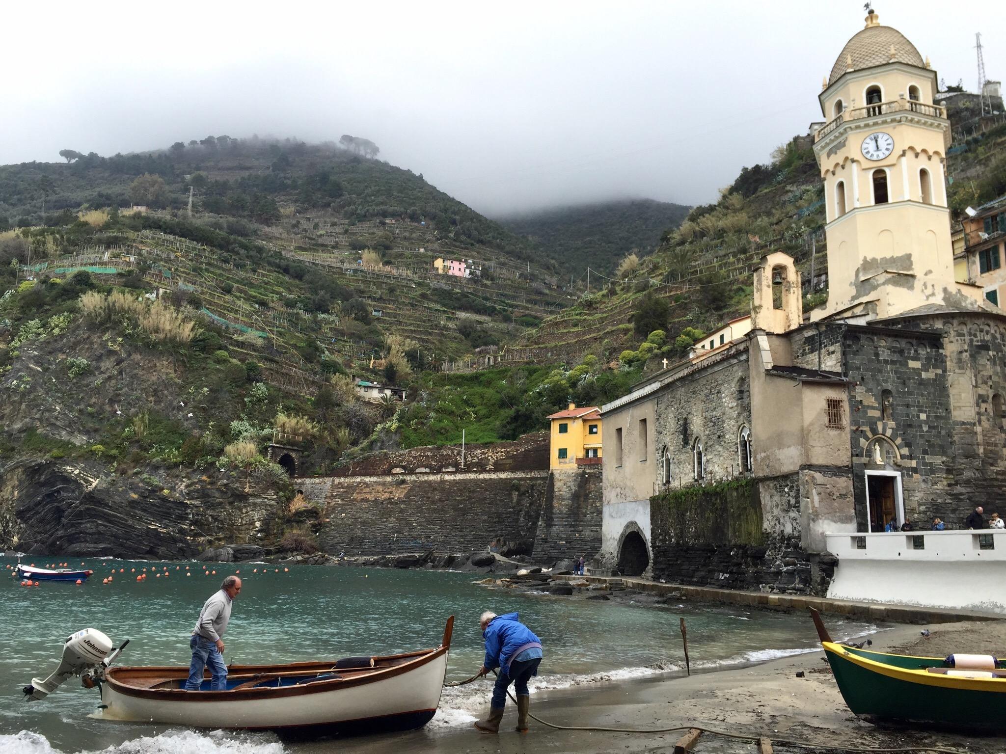 Vernazza's harbor