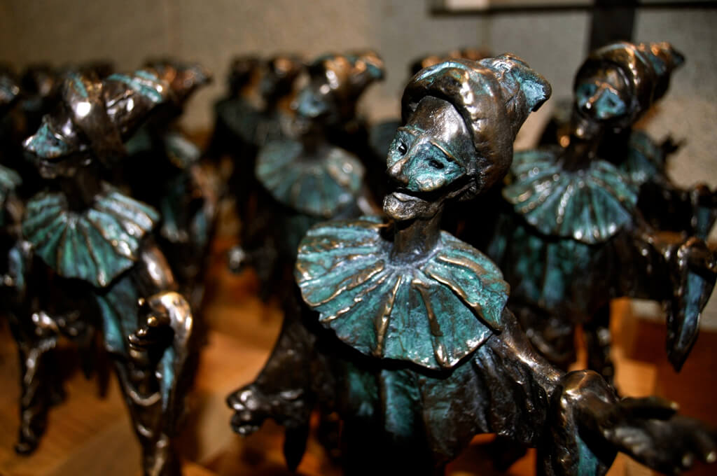 Statuettes at the 2016 Dora Awards