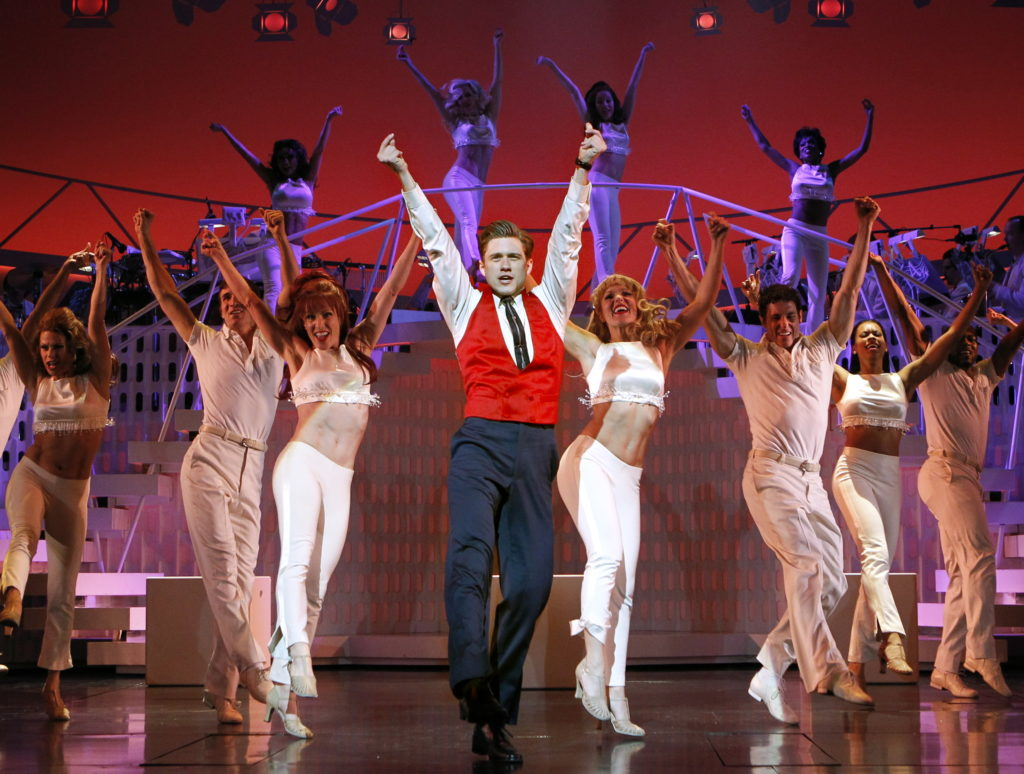 Catch-Me-If-You-Can-Promotional-Stills-catch-me-if-you-can-the-musical-34493096-3055-2308-1024x774.jpg