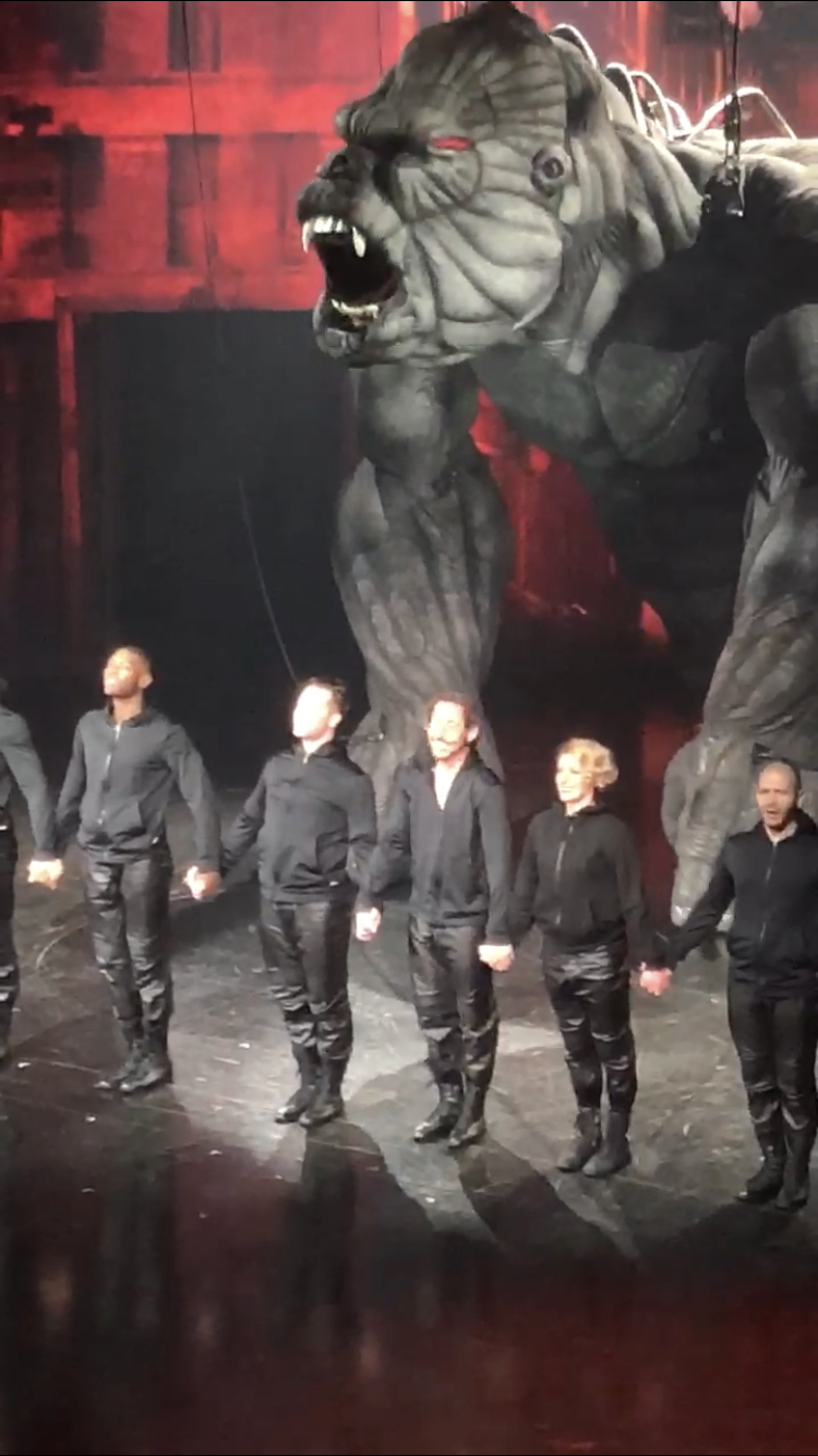 Jena VanElslander (second from right) in  King Kong