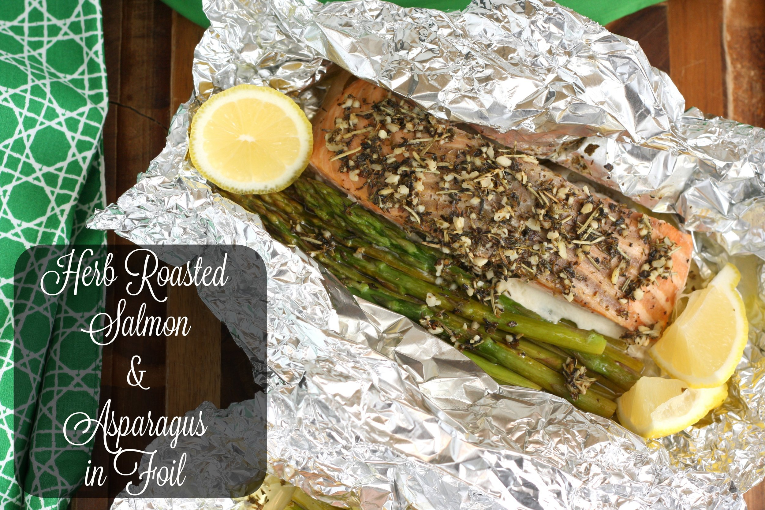 Herb Butter Salmon and Asparagus Foil Packets3.jpg