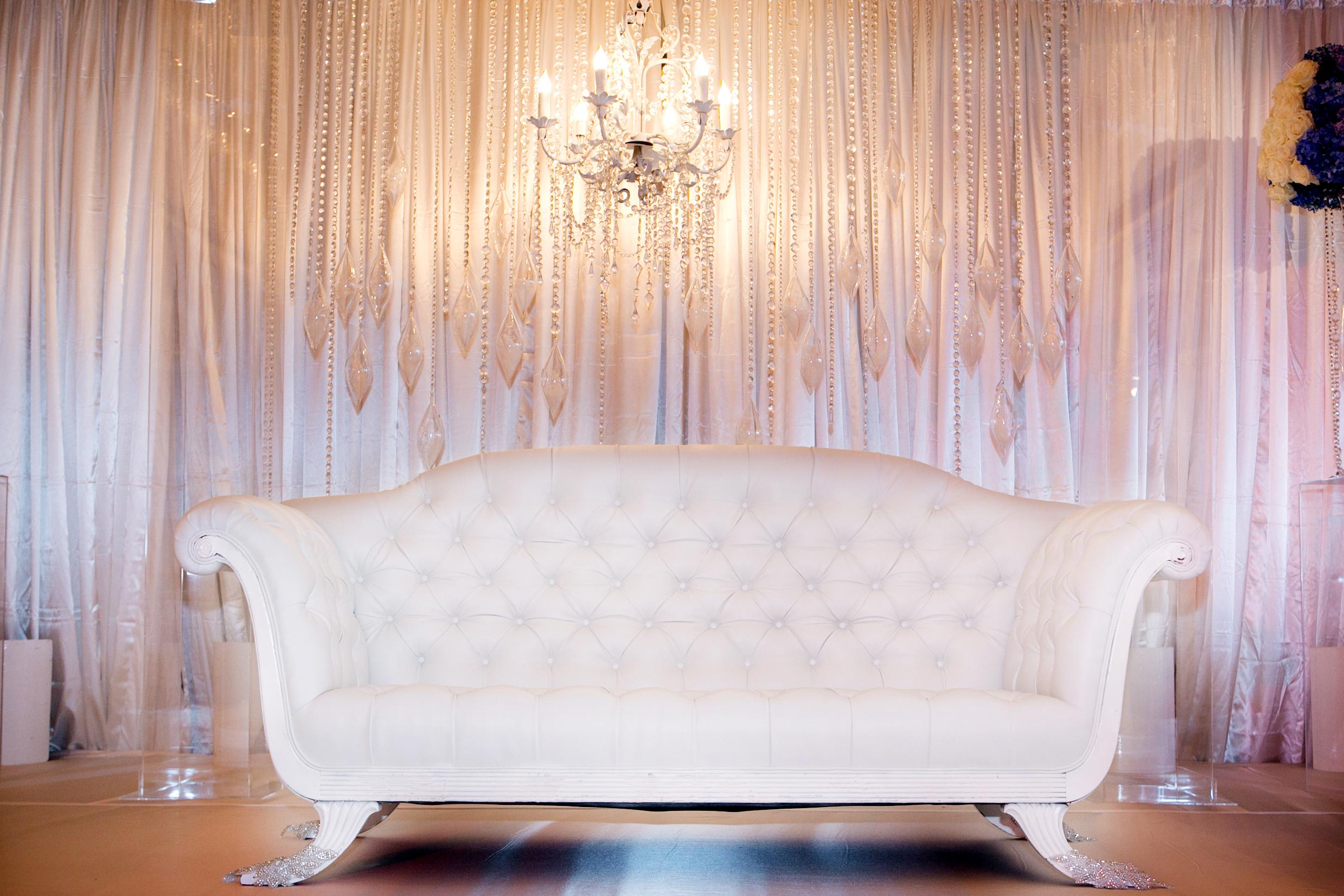 10_White Lounge.jpg