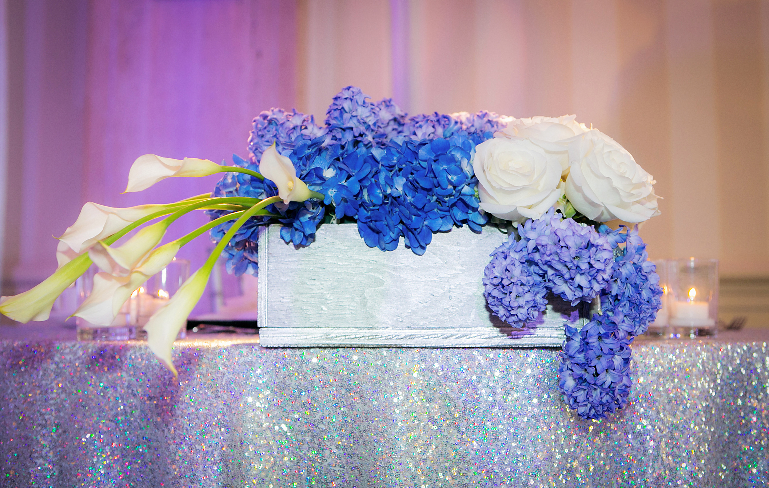 20_Sweet Heart Table with sequin linen.jpg