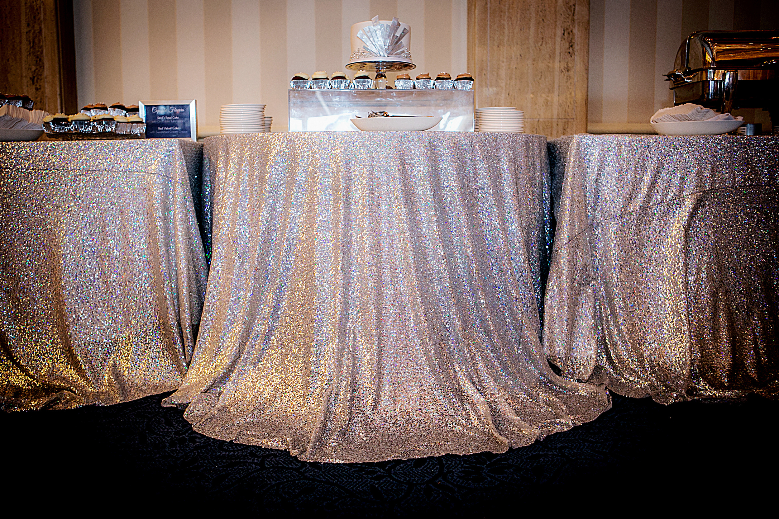 21_Dessert station with sequin linen.jpg