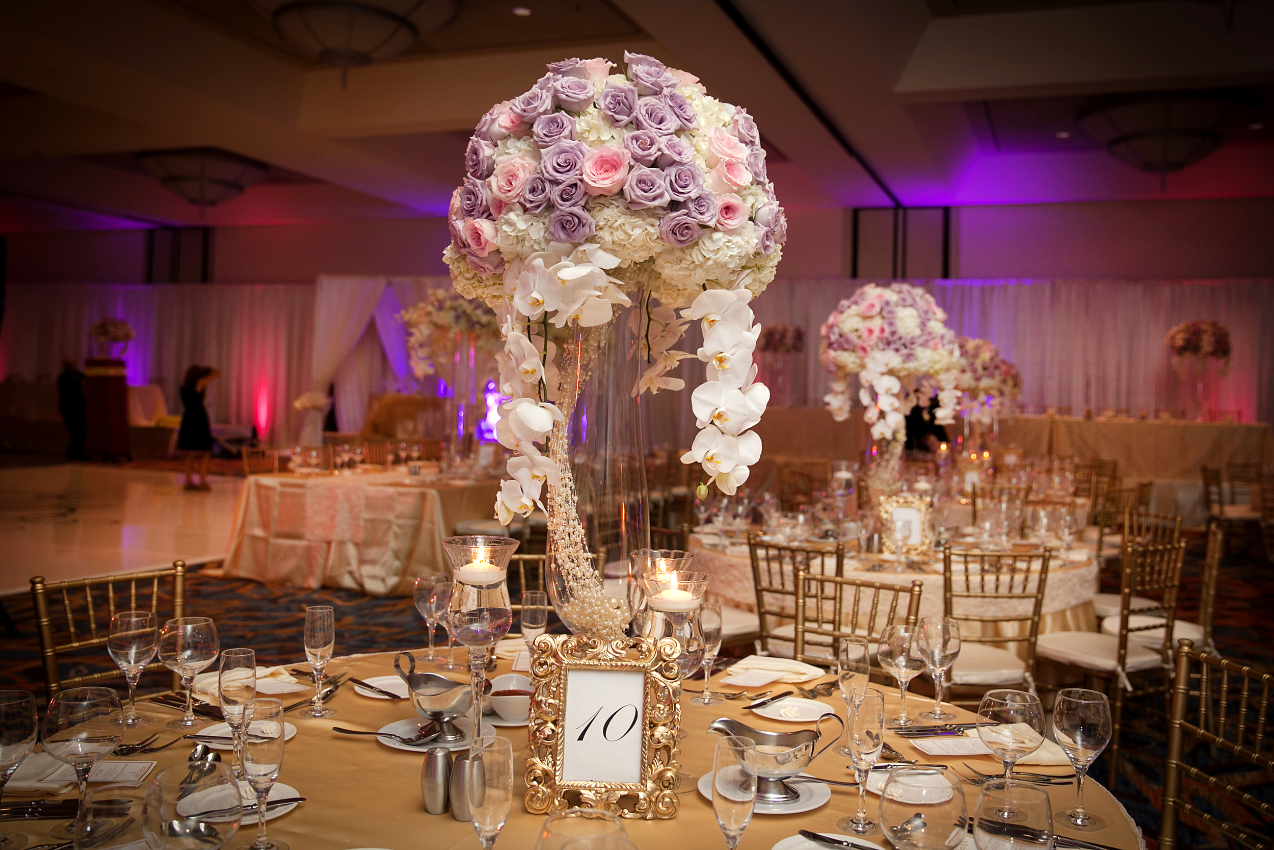 3_Lavender and pink centerpiece.jpg