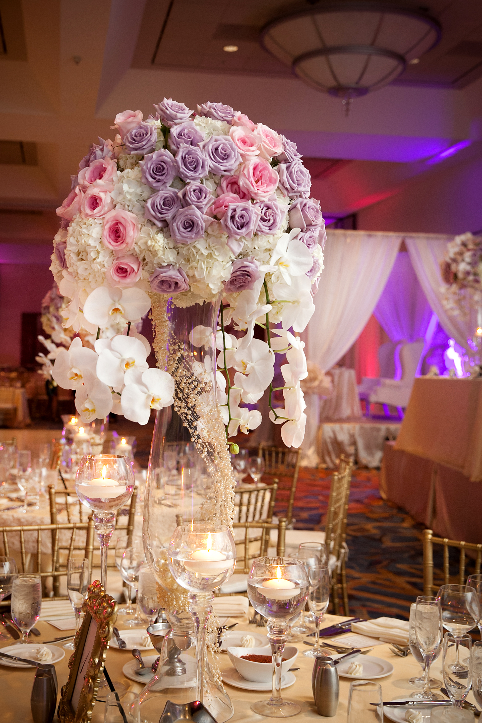 9_Lavender and pink centerpiece.jpg