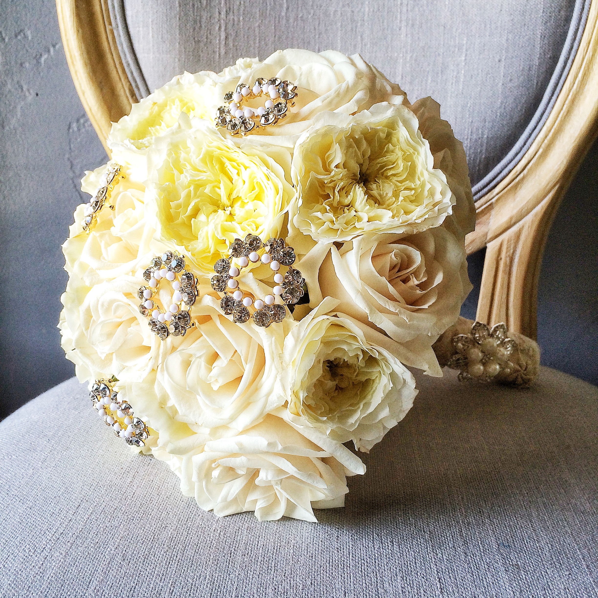 Garden rose bridal bouquet.JPG