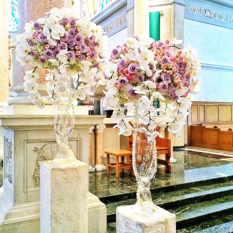 Lavender roses_Ceremony floral.JPG