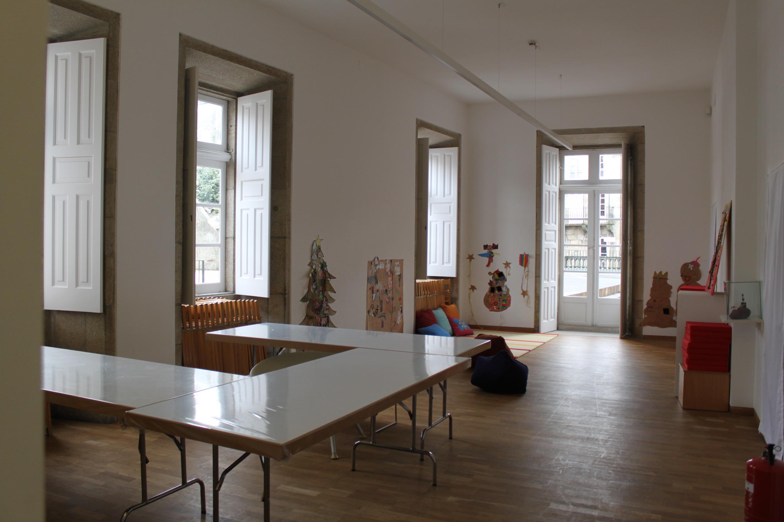 room for children´s workshops, the door opens onto the terrace