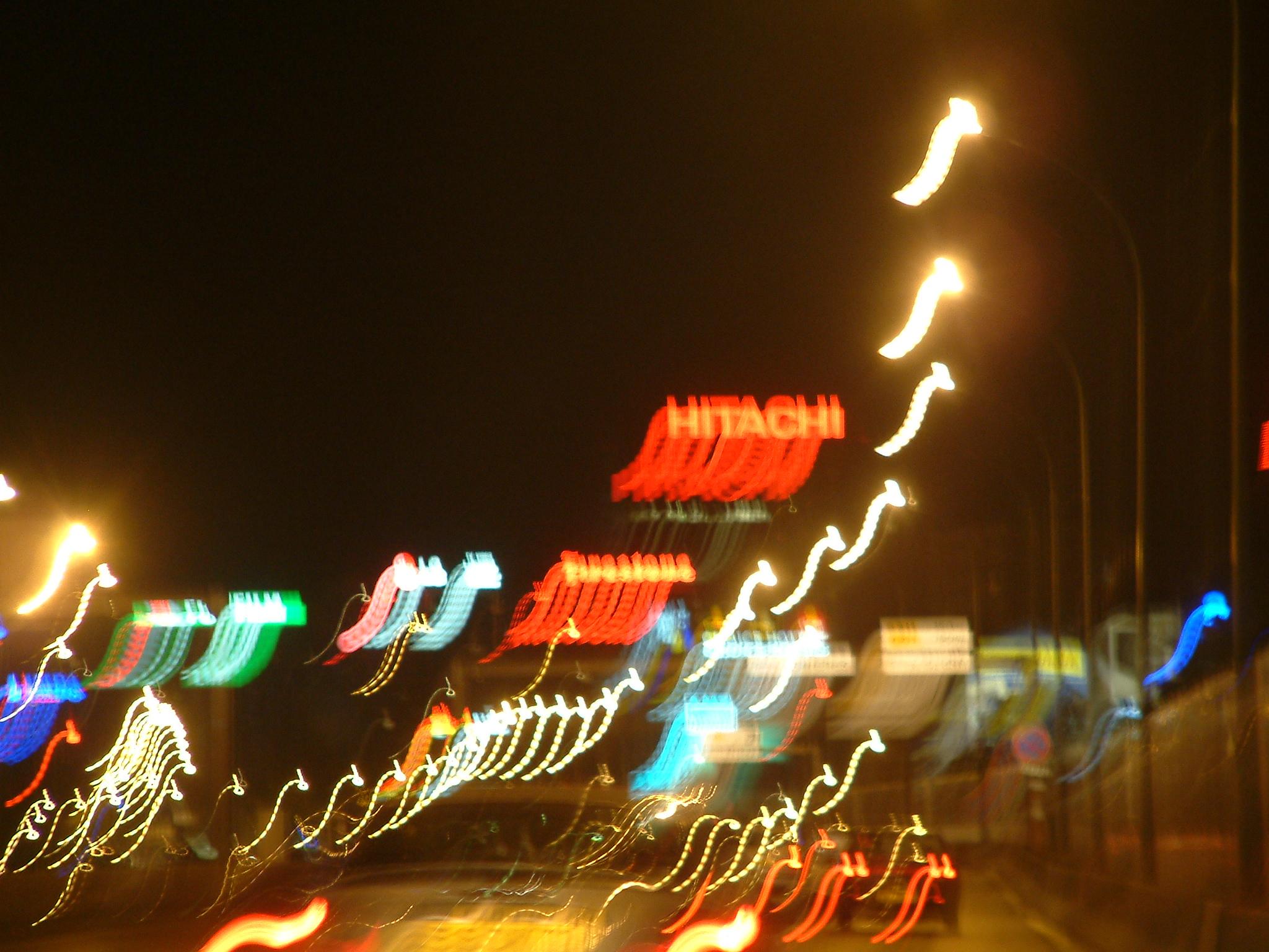 photos de nuit publicites lumineuses hitachi 010.jpg