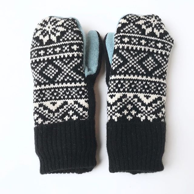 Even though some warmer temperatures are finally creeping in this week, it's still winter here with a fresh layer of snow and ice on the ground. . Keep those hands warm and toasty - I just listed a bunch of new pairs of sweater mittens in the shop! (Link in profile.) Each pair is a double layer - 100% wool and cashmere on the outside, with only the softest cashmere on the inside.  A few other pairs will be coming this week as well! . #miloandmolly #sweatermittens #woolsweatermittens #winterskincare #cashmeremittens #cashmeresweater #reynaudssyndrome #warmwoolenmittens