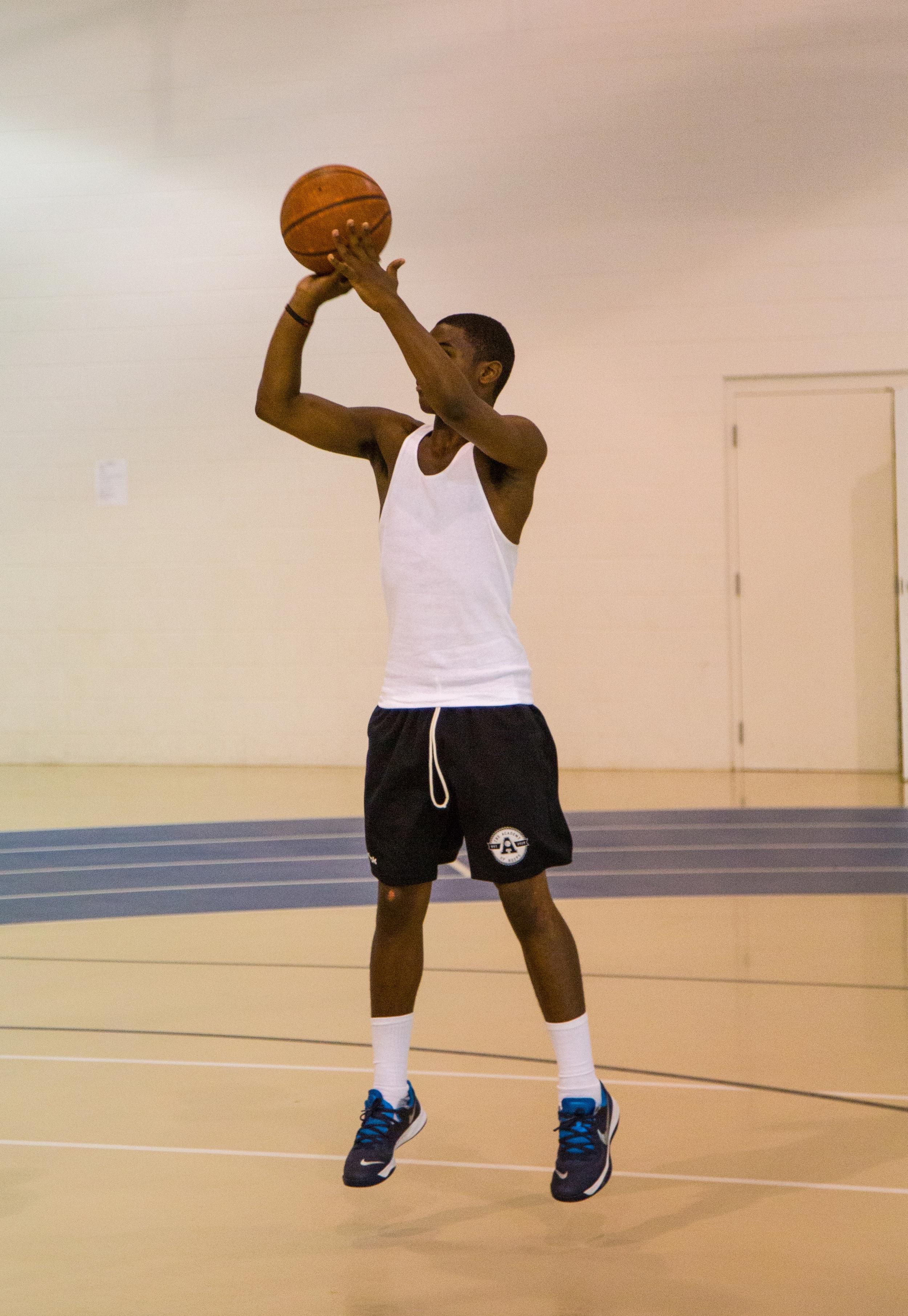 Aaron Basketball Camp July 2015-143.jpg