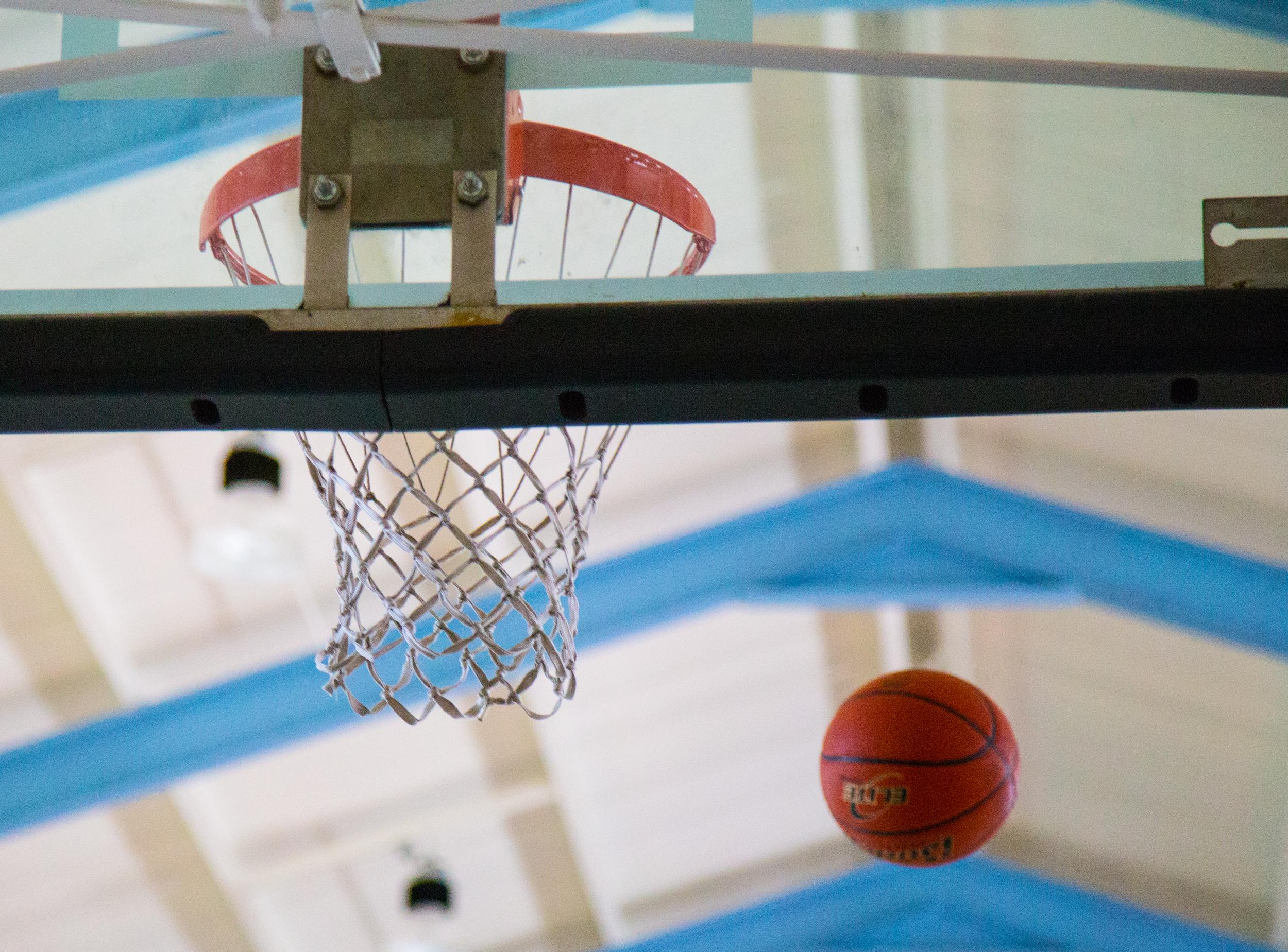 Aaron Basketball Camp July 2015-153.jpg
