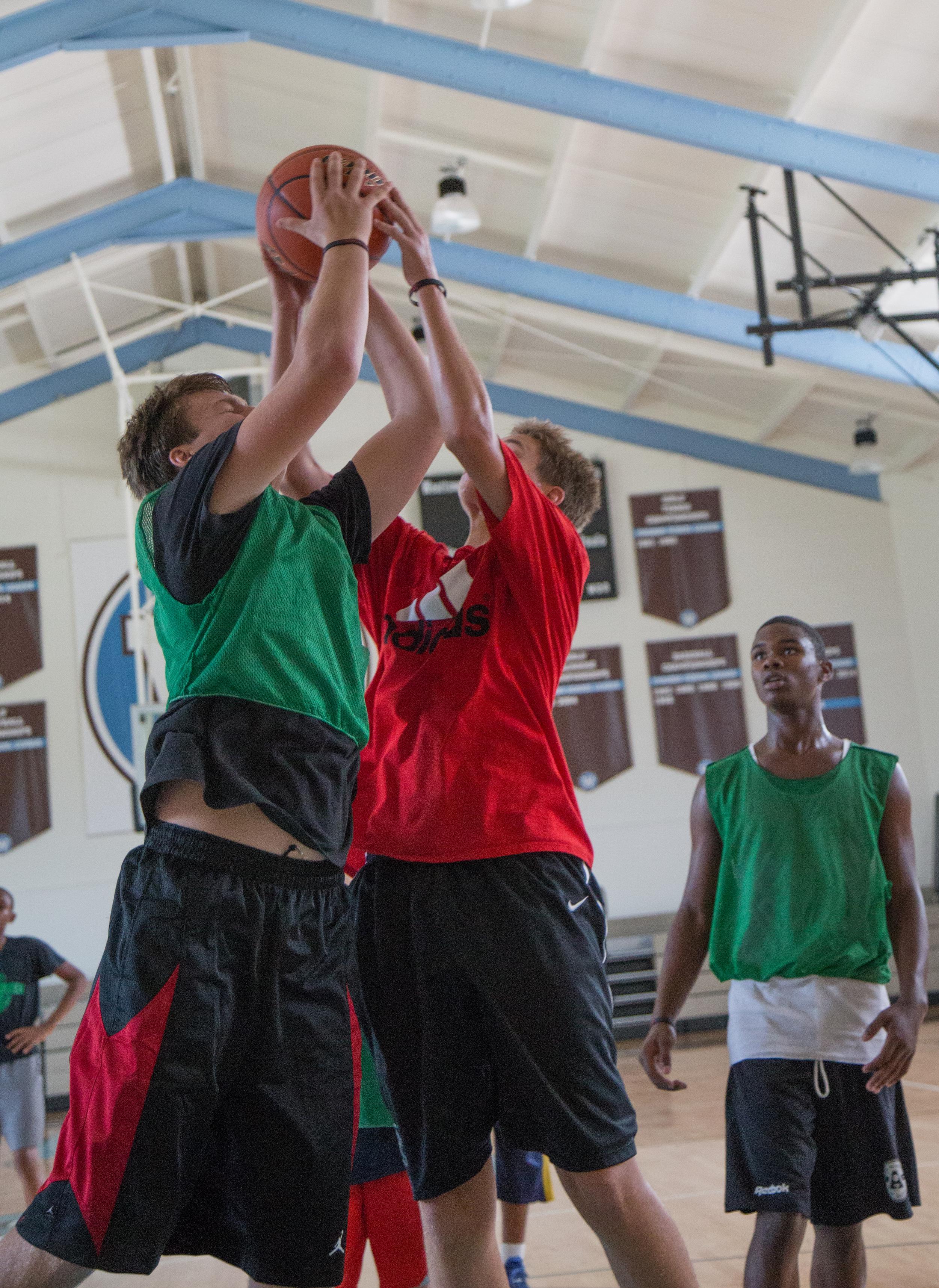 Aaron Basketball Camp July 2015-158.jpg
