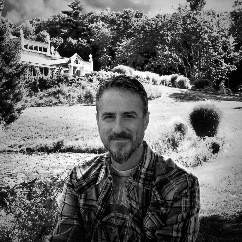 Chris is the owner and founder of Unity Barn and its vision. He has over 25 years of experience as a therapist and healer serving others.
