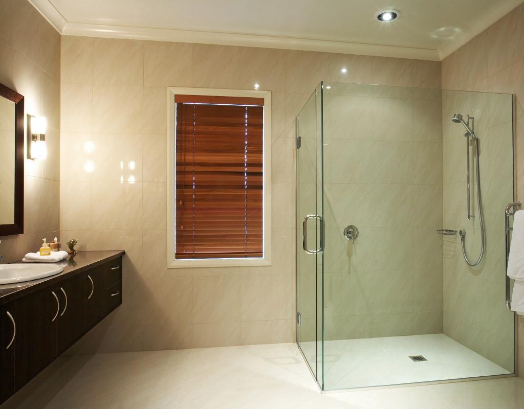 shower-tight1.JPG
