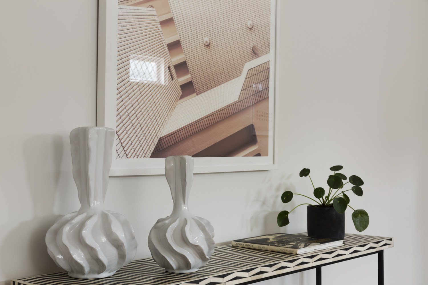 Landing and entry console selected by Interior designer Meredith Lee. Stylist Meredith Lee. Interior decorator Meredith Lee
