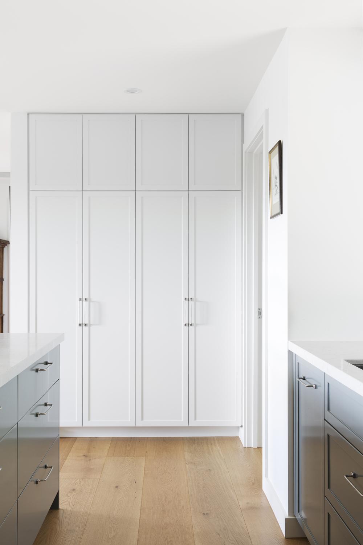 Red hill new kitchen design by interior designer Meredith Lee. Interior design by Meredith Lee