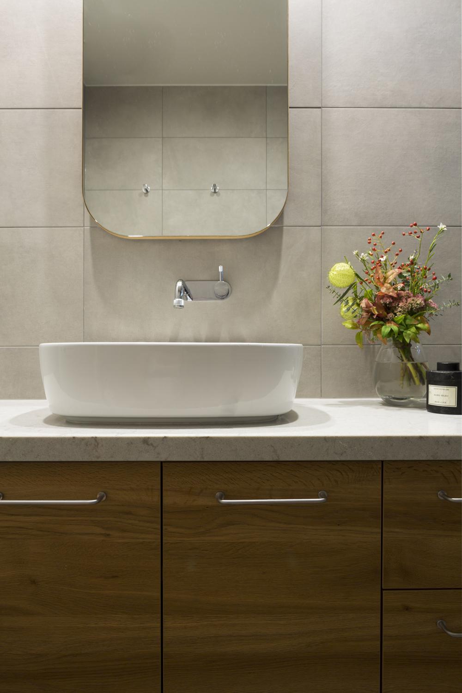 Red Hill bathroom design by interior designer Meredith Lee. Ensuite design by interior decorator Meredith Lee. Interior styling by interior designer Meredith Lee