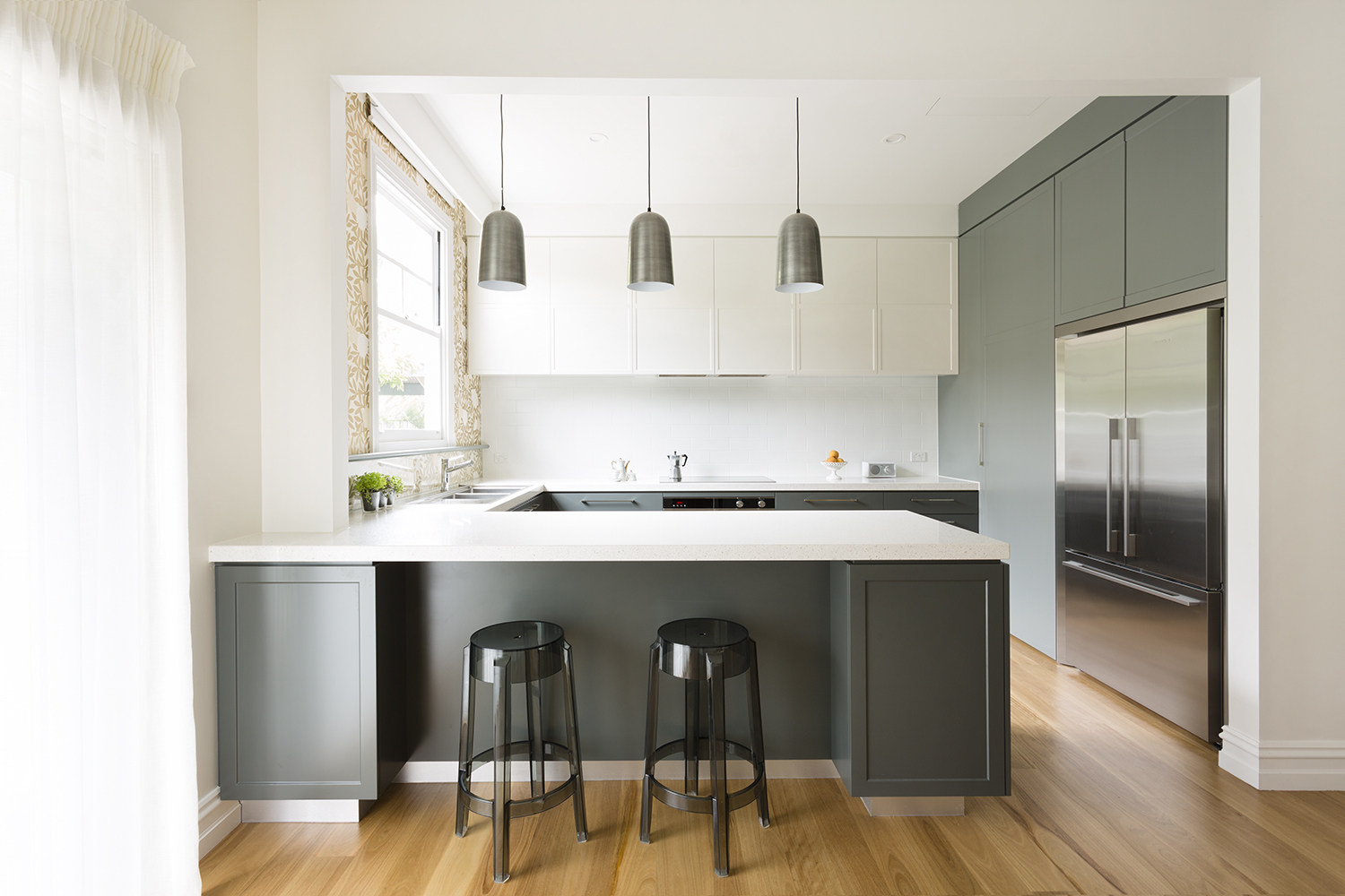 Croydon kitchen renovation and kitchen makeover by interior designer Melbourne