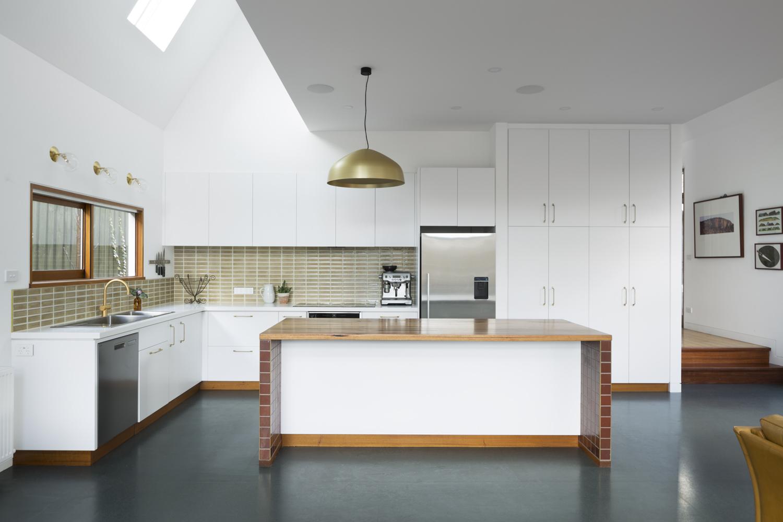 Clifton Hill kitchen design by Melbourne interior designer and interior decorator Meredith