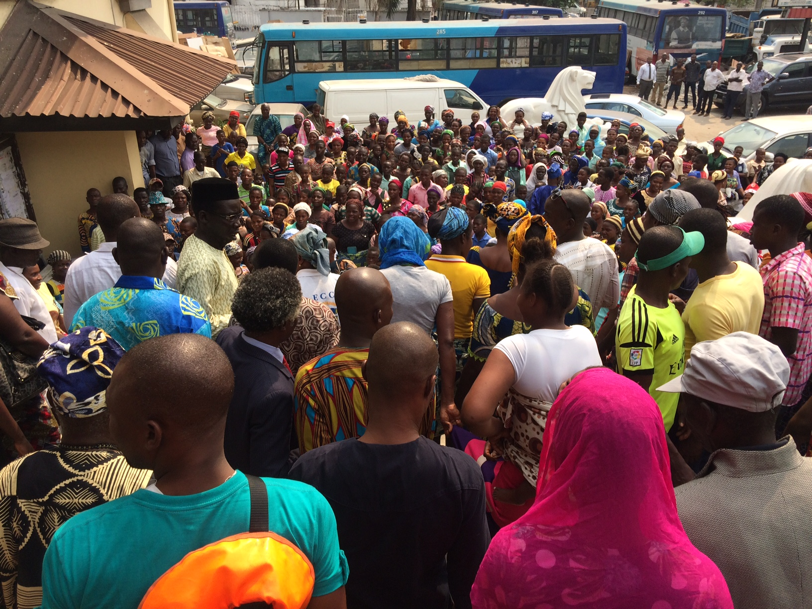 Waterfront residents crowd outside the lagos state high court to hear the judge's ruling on 26 January 2017.