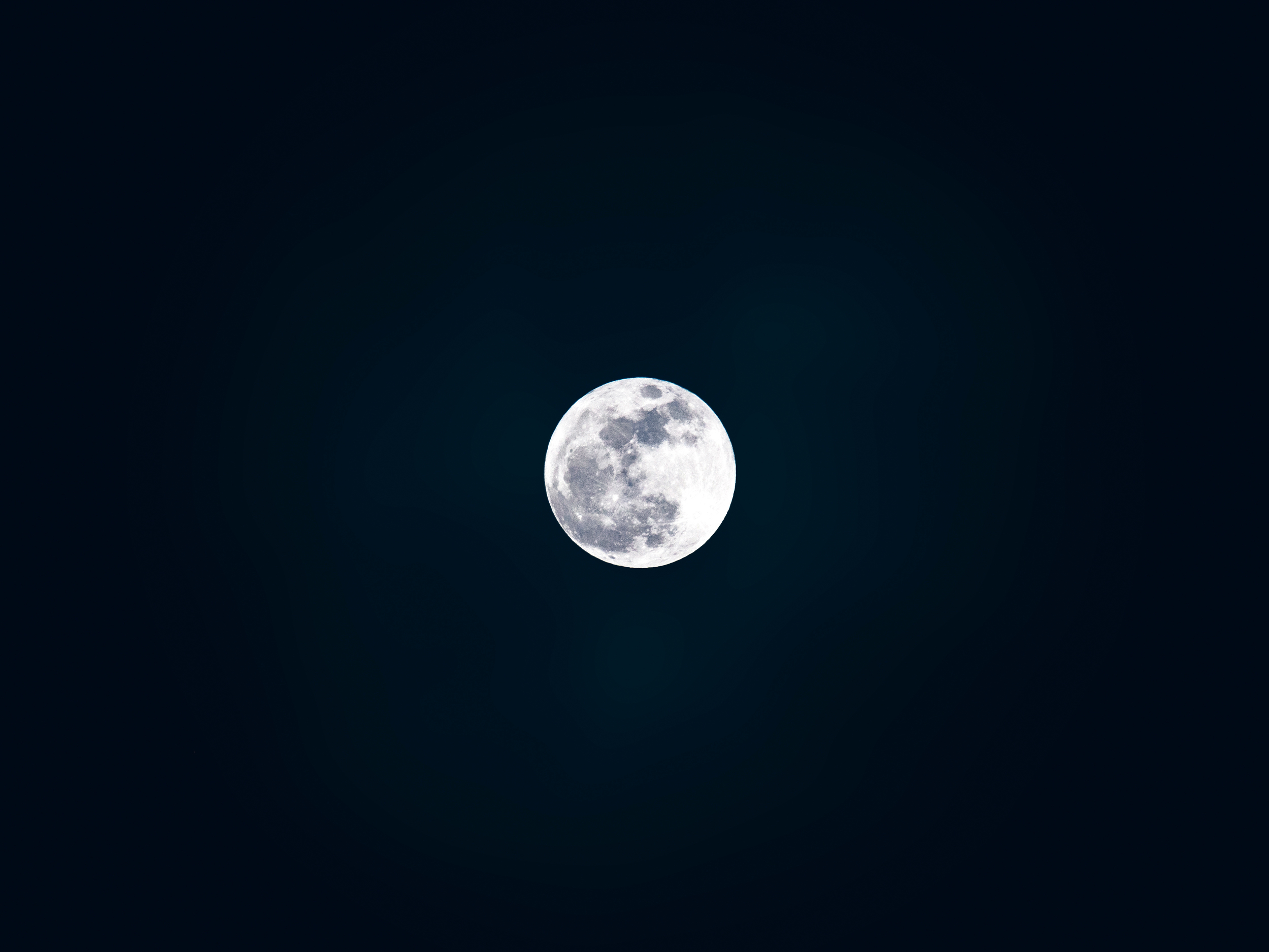 sky facts - moon